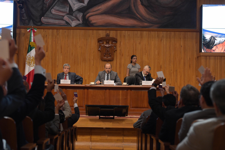 Consejo General Universitario (CGU), de la Universidad de Guadalajara (UdeG), reunidos en Sesión Extraordinaria, en las instalaciones del Paraninfo Enrique Díaz de León