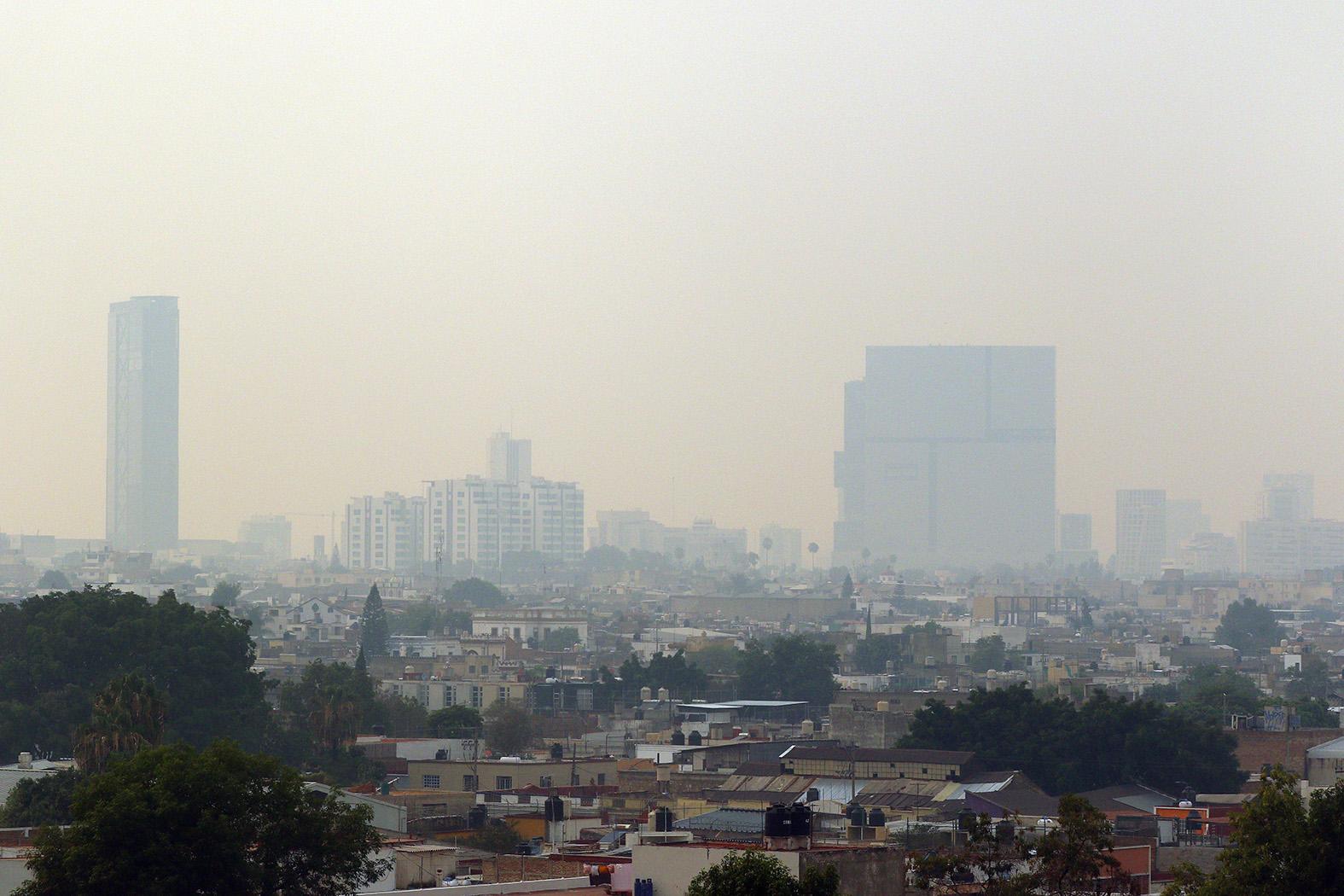 Contingencia ambiental por incendio en el Bosque La Primavera