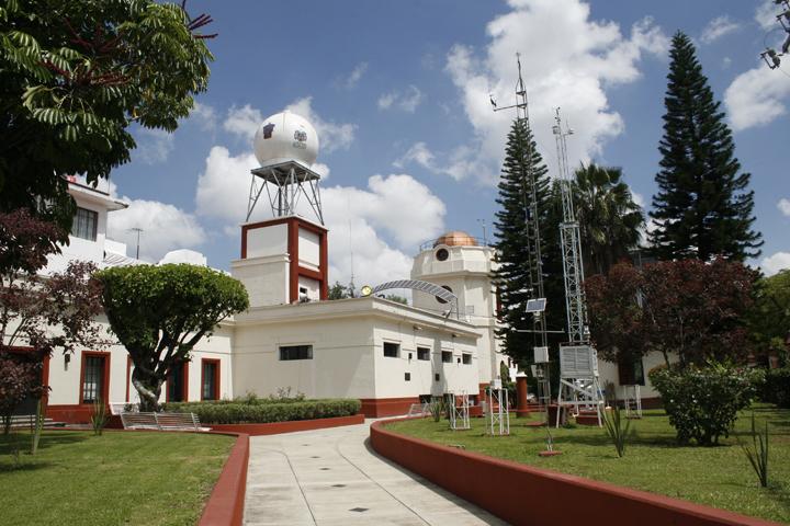 Instituto de Astronomía y Meteorología de la Universidad de Guadalajara