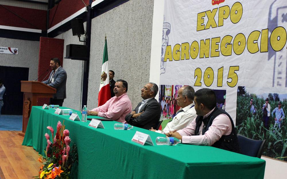 Panelistas participantes de la Expo Agronegocios 2015