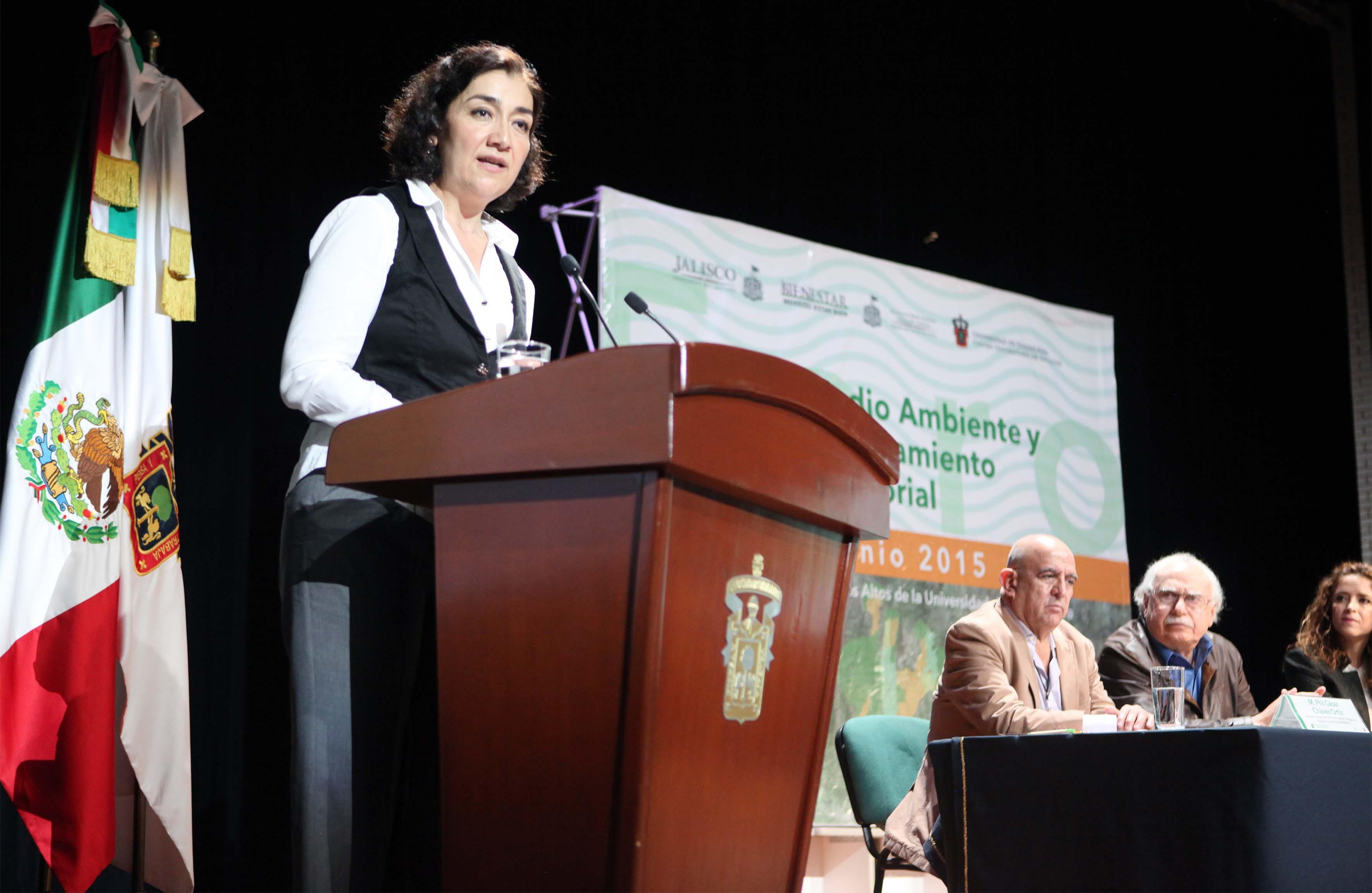 La Rectora de Cualtos,  María Magdalena Ruiz Mejía