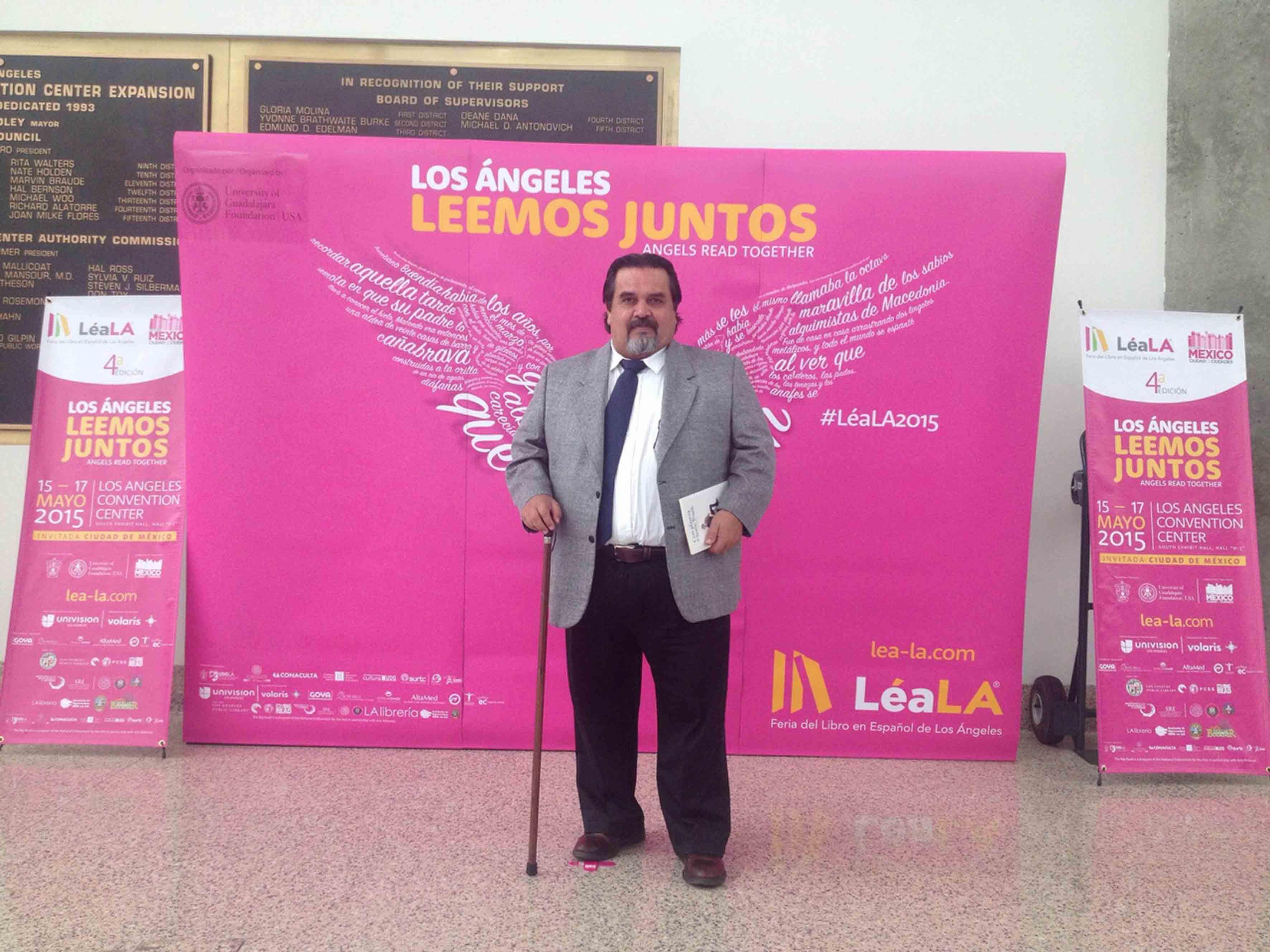 Doctor Marco Antonio Cortés Guardado rector de CUcosta