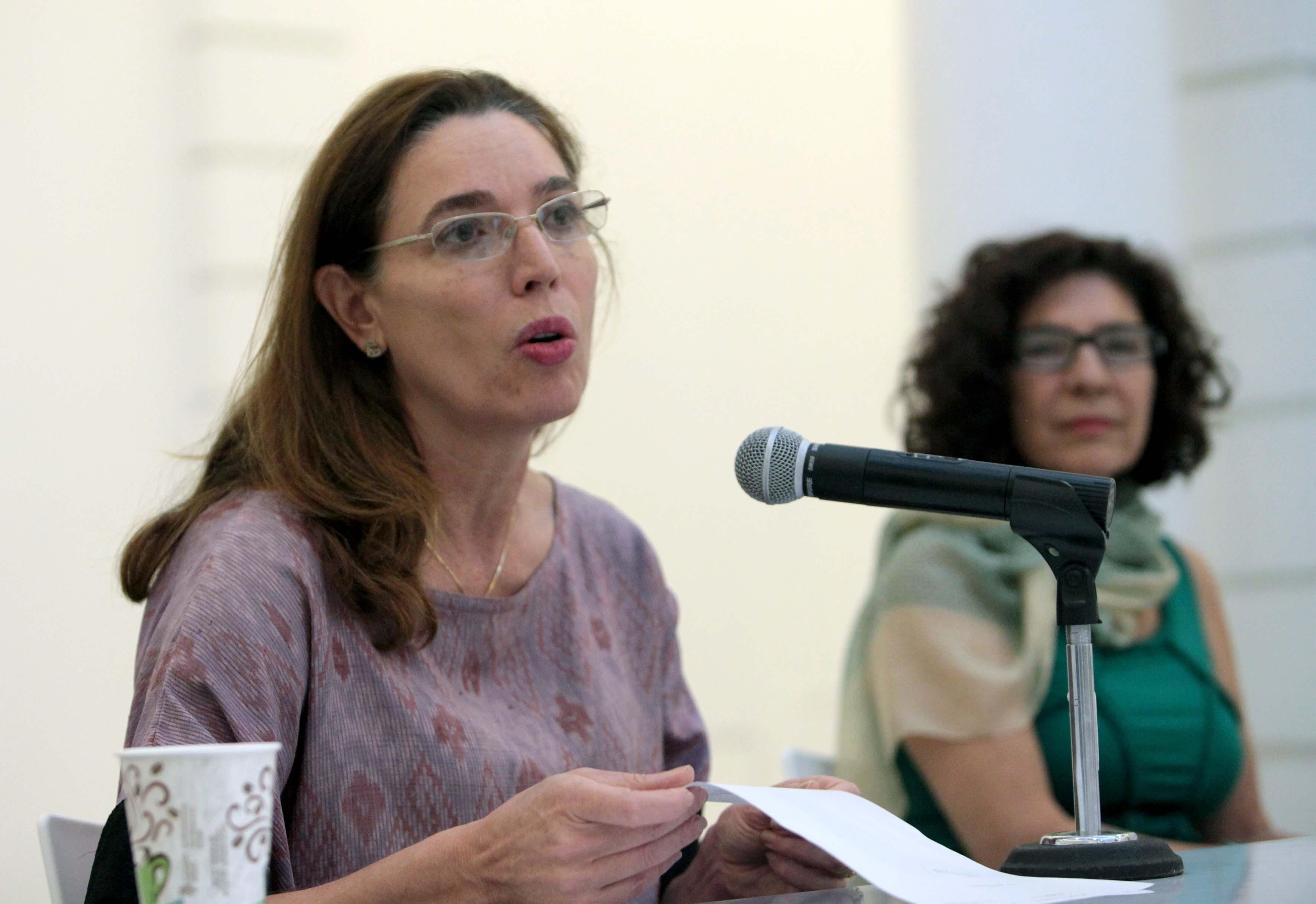Panelista participante en conferencia de prensa por la exposición Puertas abiertas, en el marco del 90 aniversario de la refundación de la Universidad de Guadalajara y el XXI aniversario de la fundación del MUSA.