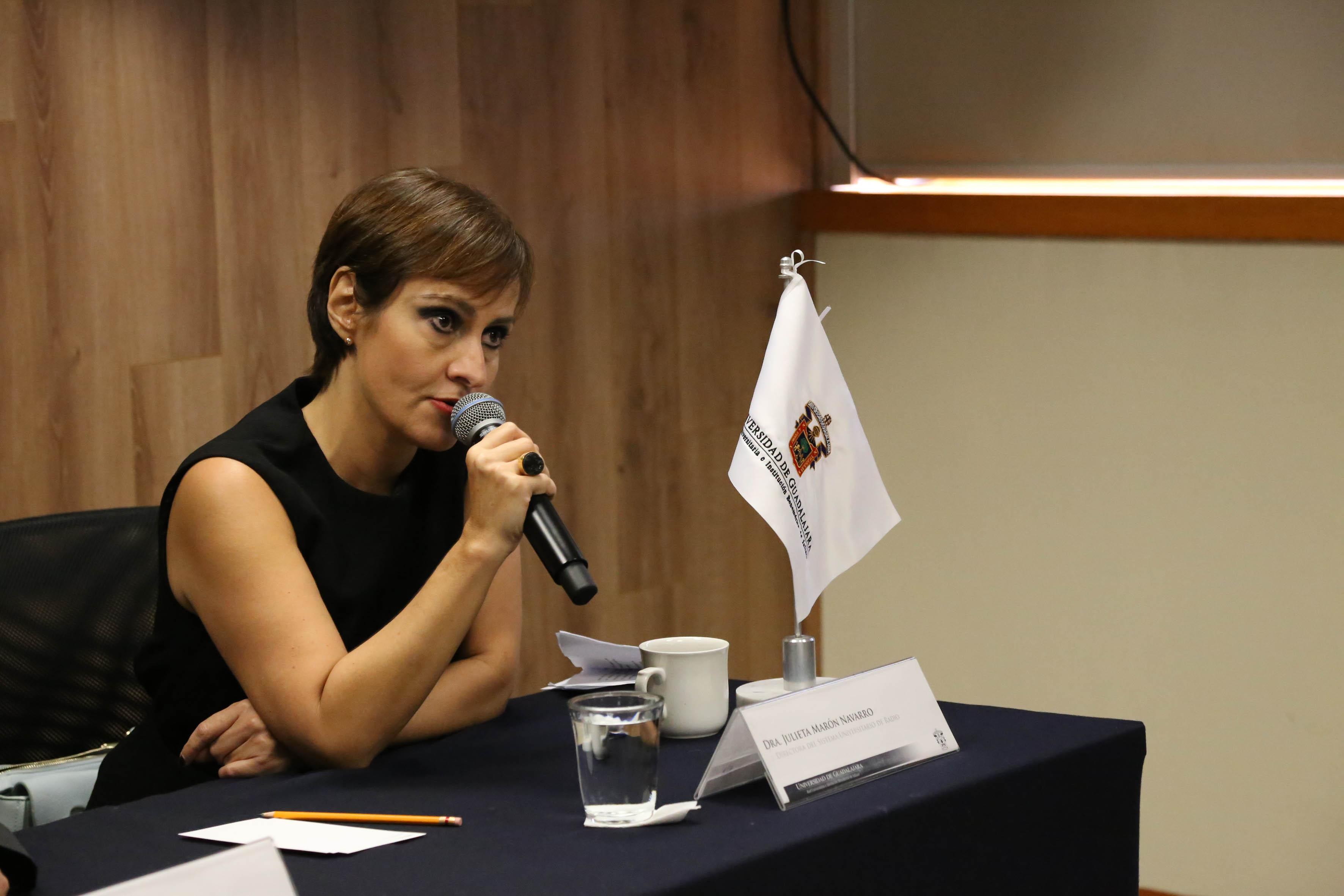 Julieta Marón Navarro, Sibdirectora de Radio Universidad