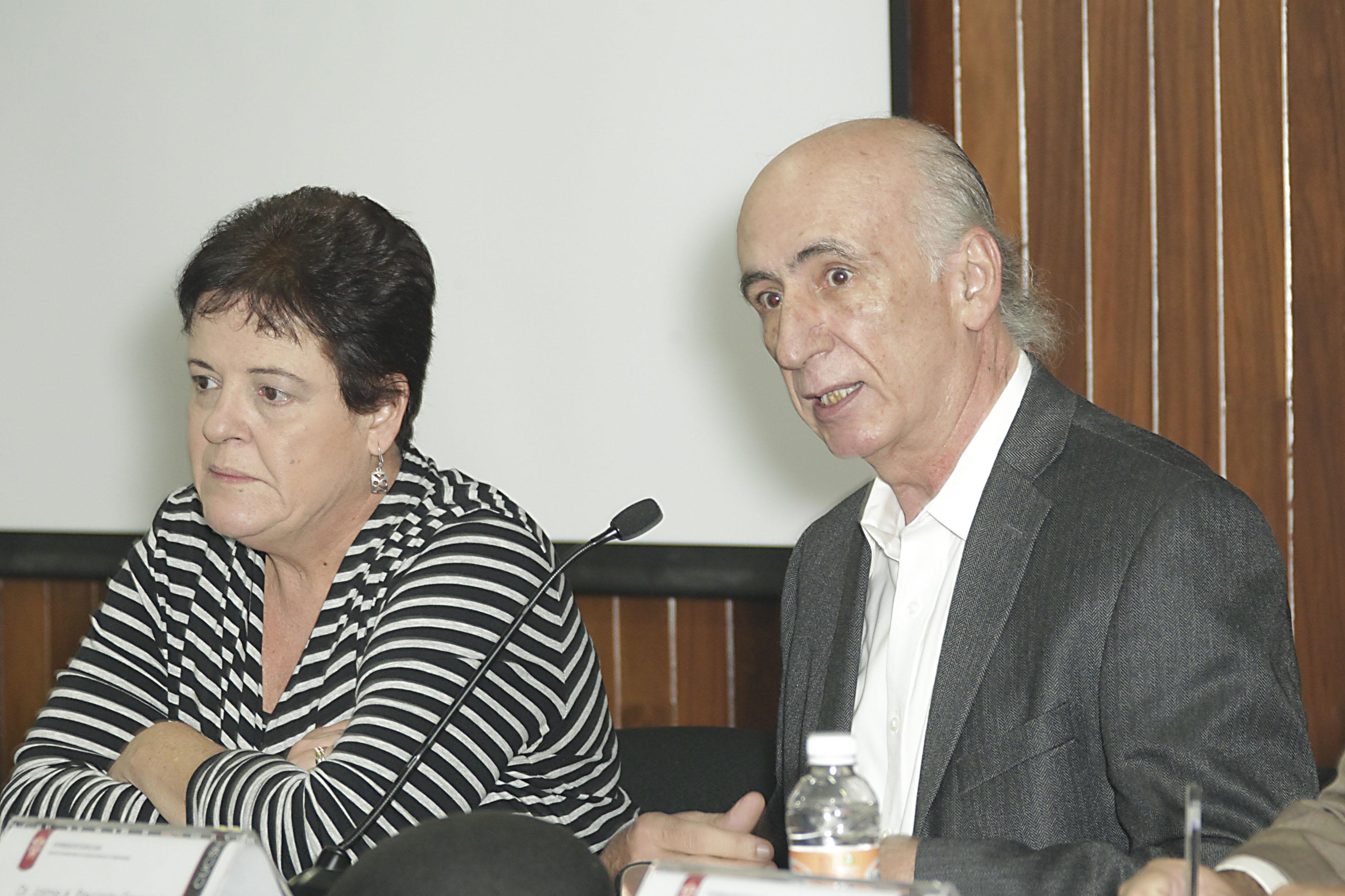 Doctor Jaime Preciado Coronado haciendo uso de la palabra