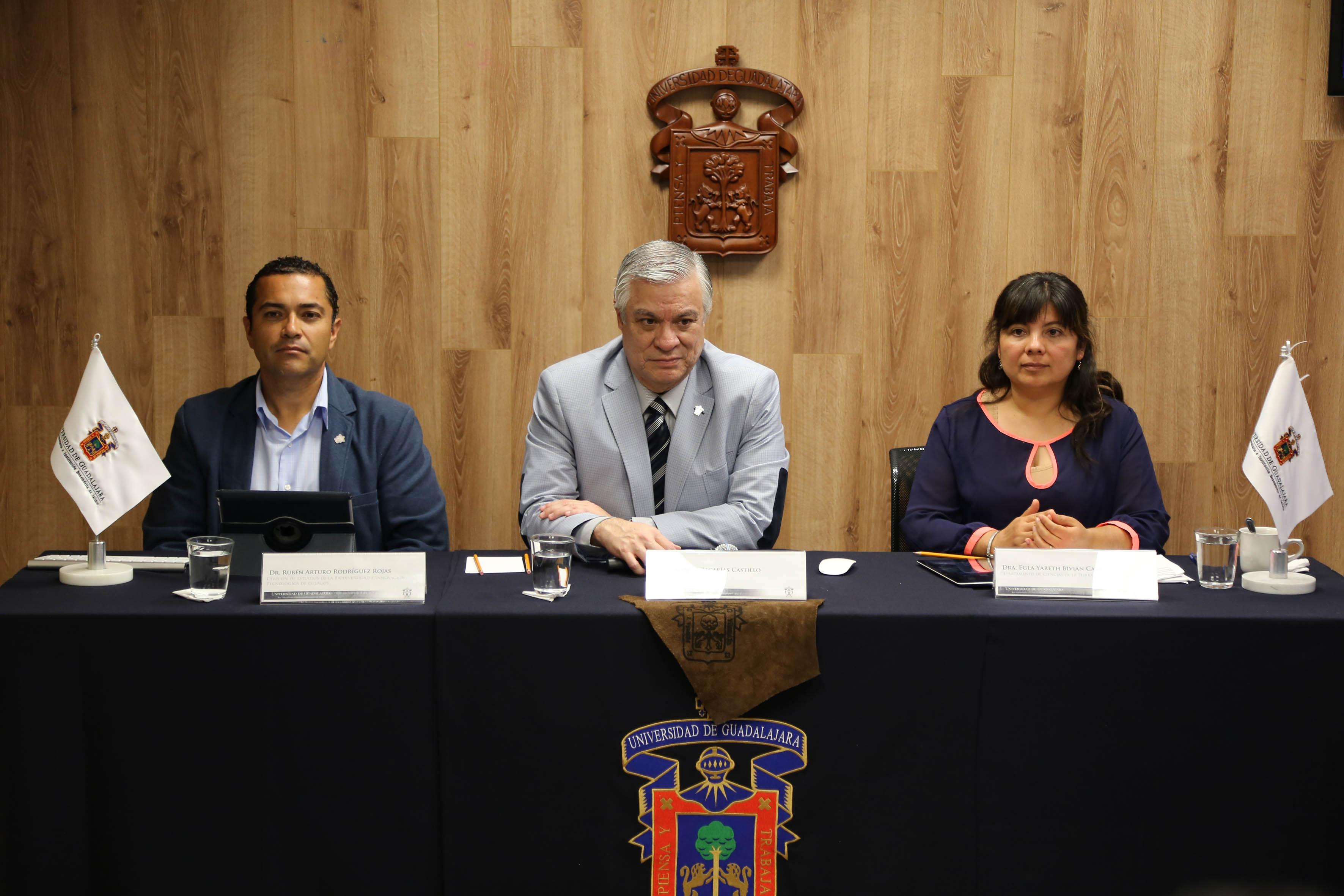 Presidium de la presentación de la XVI Feria de la Ciencia, Arte y Tecnología en CULAGOS
