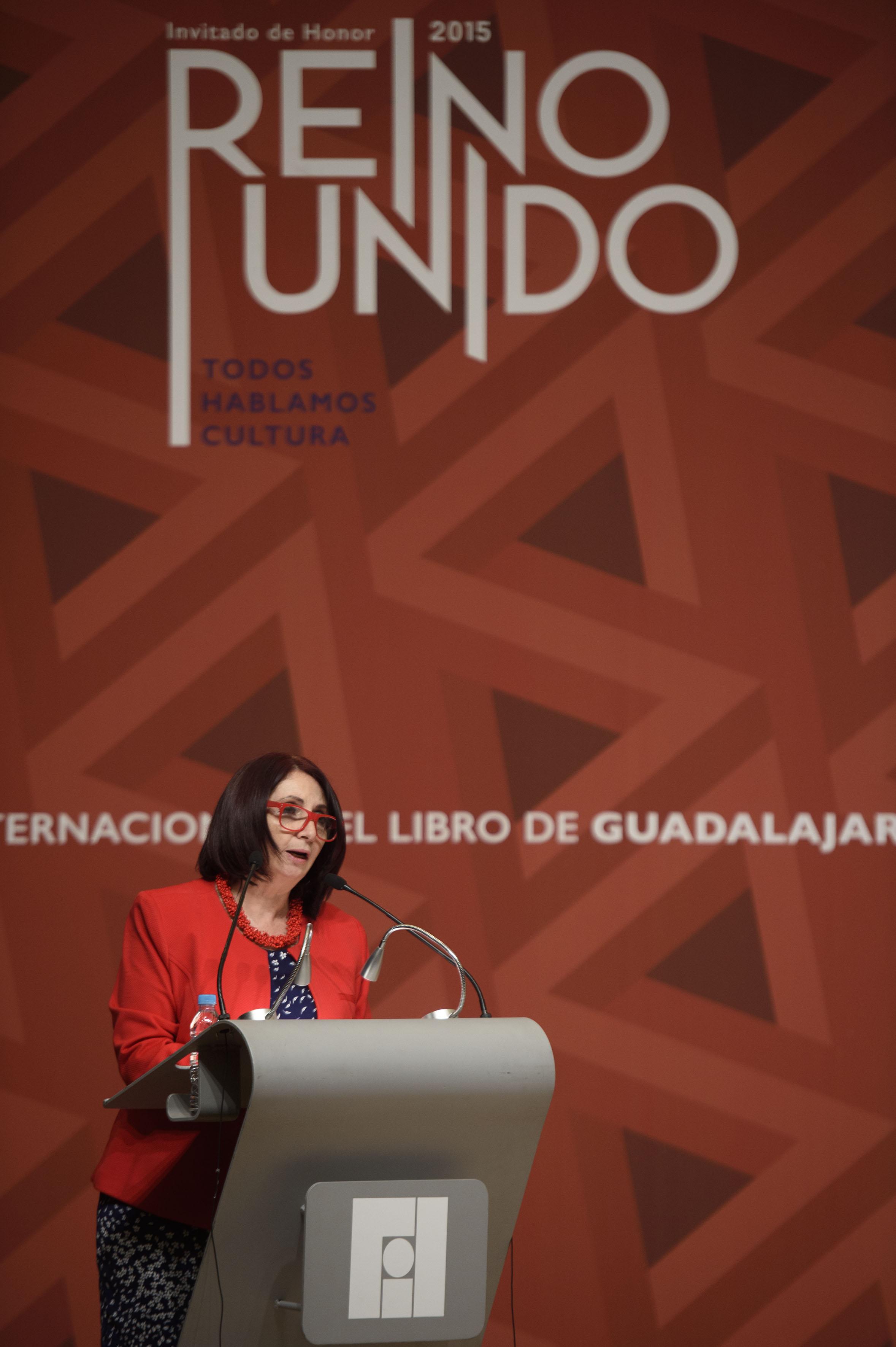 Marisol Schulz Manaut, directora general de la FIL haciendo uso de la palabra