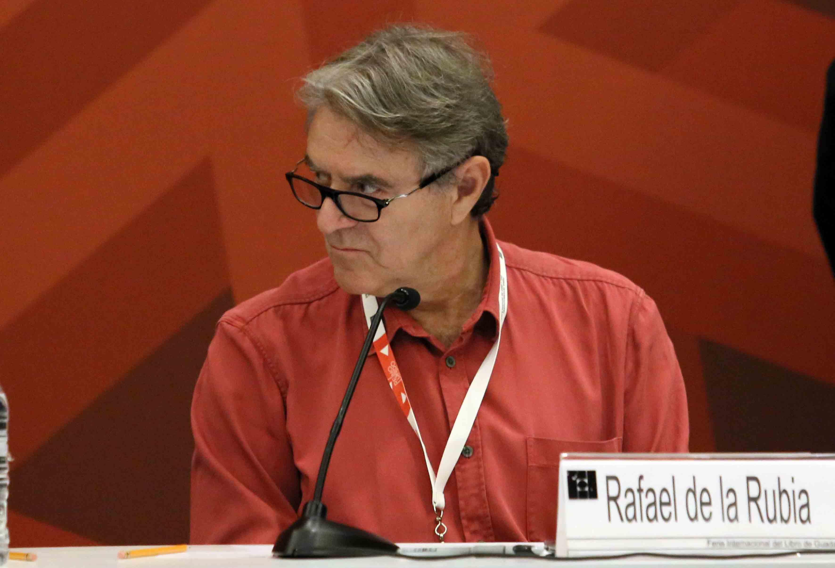 """Rafael de la Rubia durante el XII Encuentro de Humanistas,  activista social y fundador de la asociación """"Mundo sin guerras"""""""