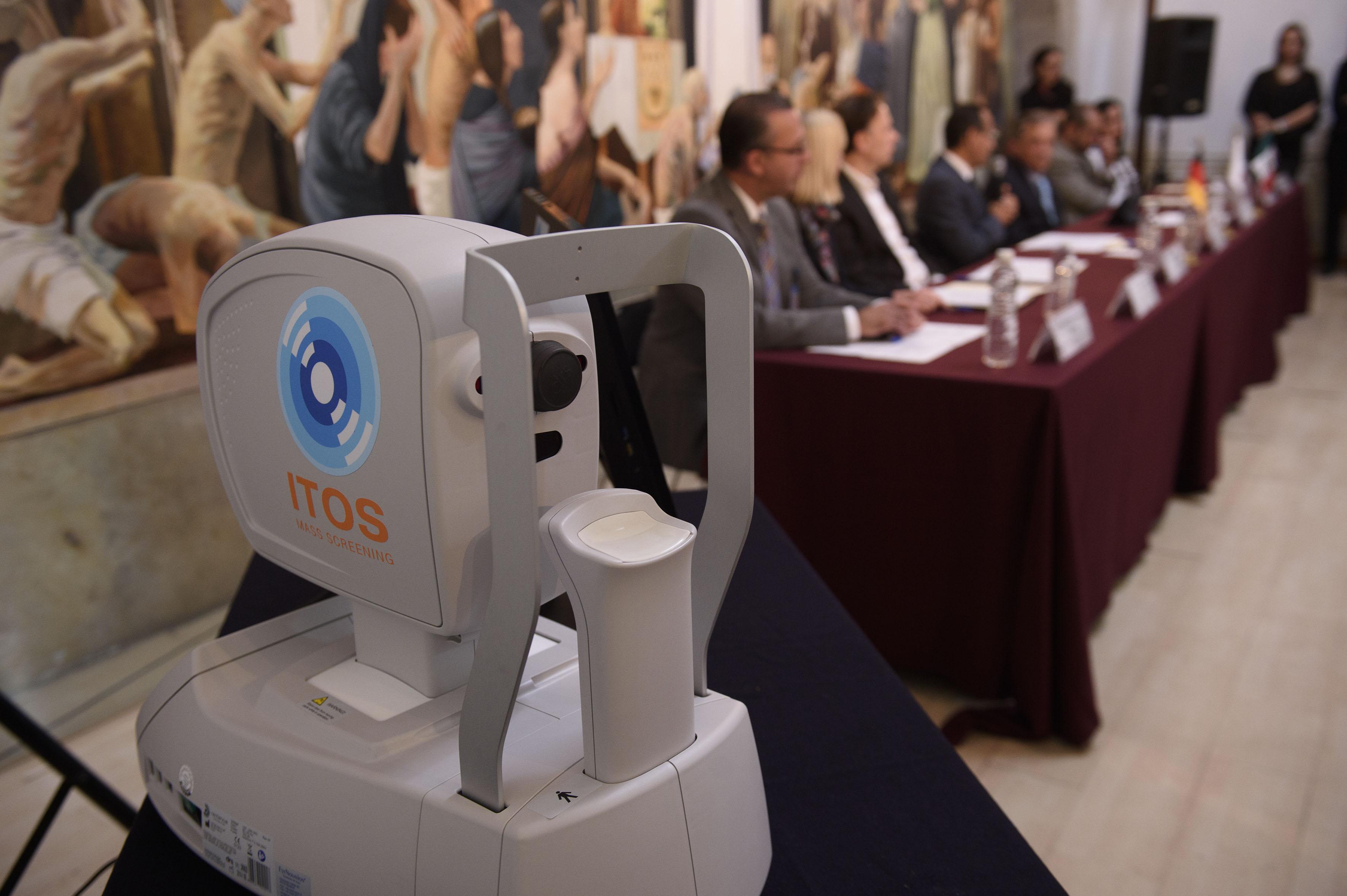 """Sistema innovador y automatizado nombrado """"ITOS"""", para la detección de la retinopatía diabética"""