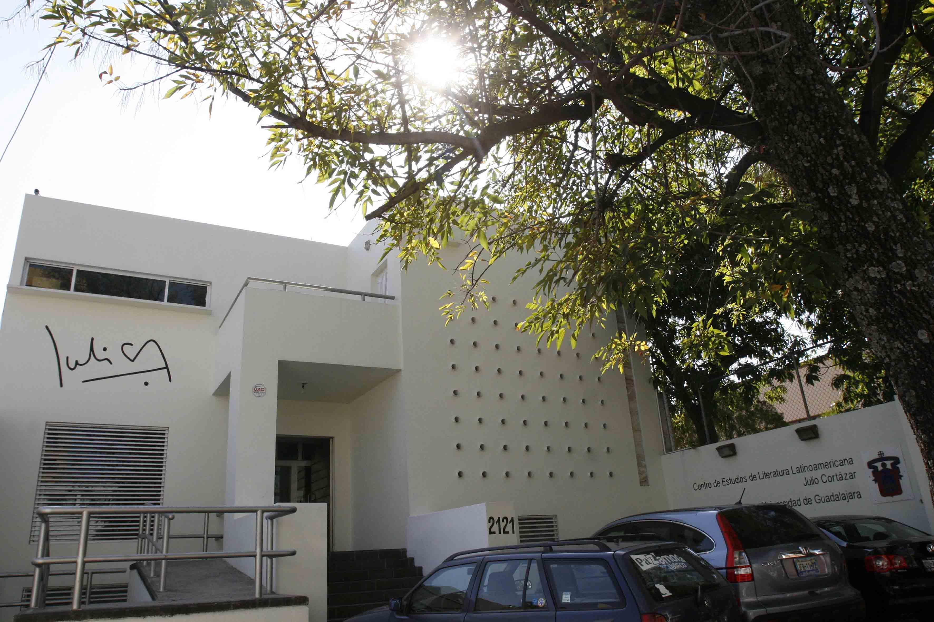 Fachada del Centro de Estudios de Literatura Latinoamericana Julio Cortázar
