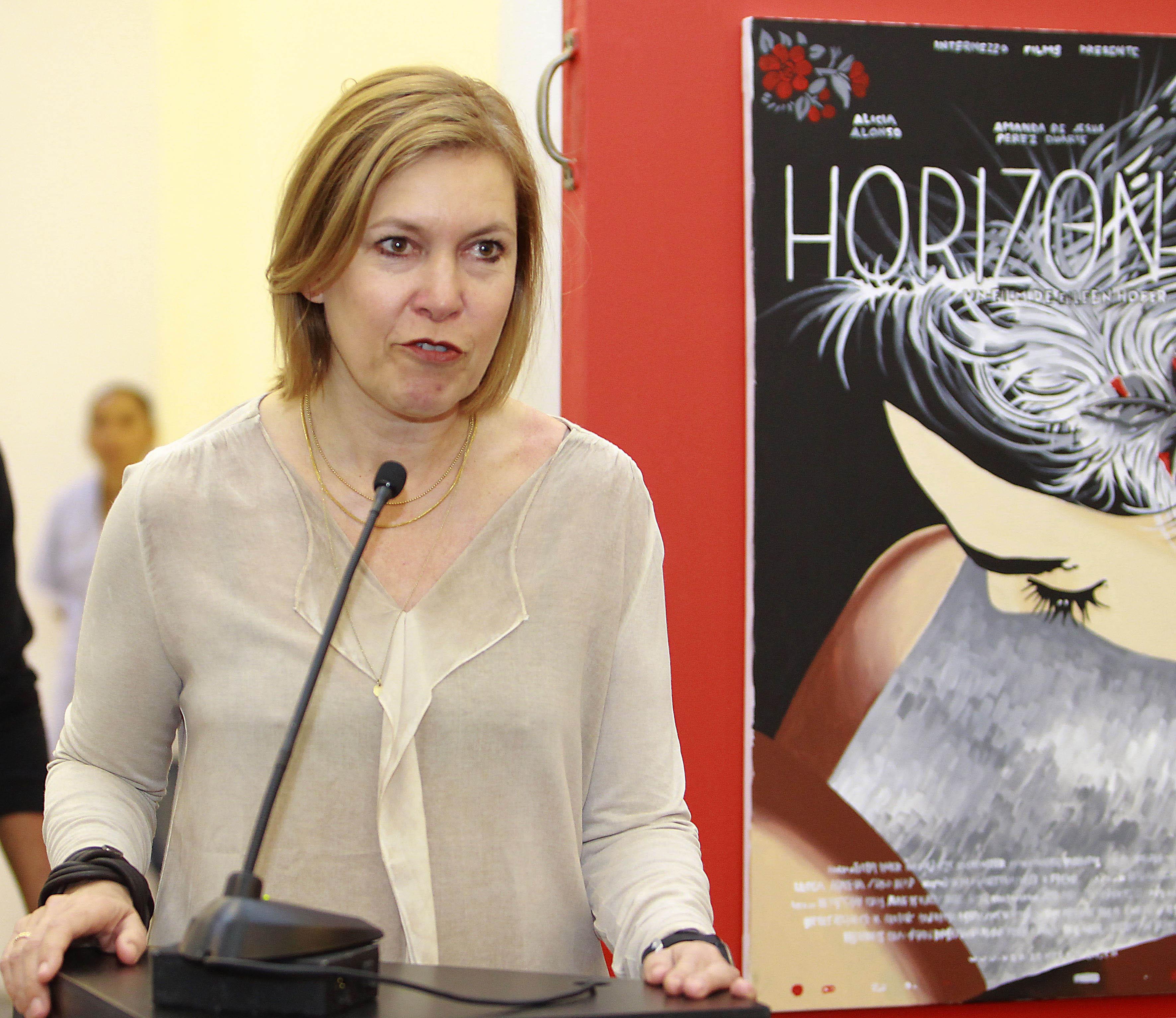 La managing director de Swiss Films, Catherine Ann Berger participando en la inauguración del Mercado de Cine del Festival Internacional de Cine en Guadalajara (FICG)