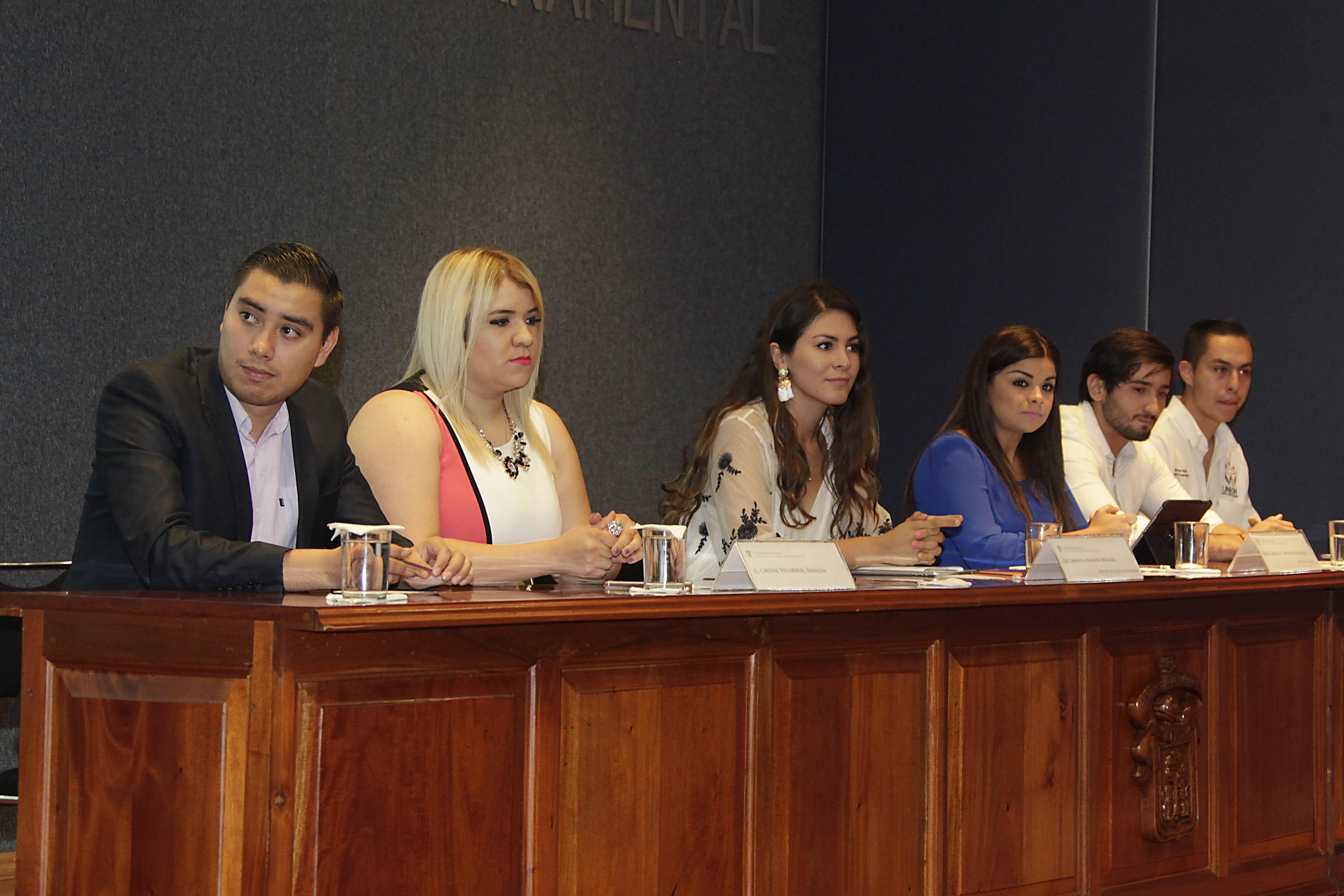 """Conferencia """"Retos de la administración gubernamental en Zapopan"""" en la V  Semana del Administrador Gubernamental que organiza el Centro Universitario de Ciencias Económico Administrativas (CUCEA), de la Universidad de Guadalajara."""