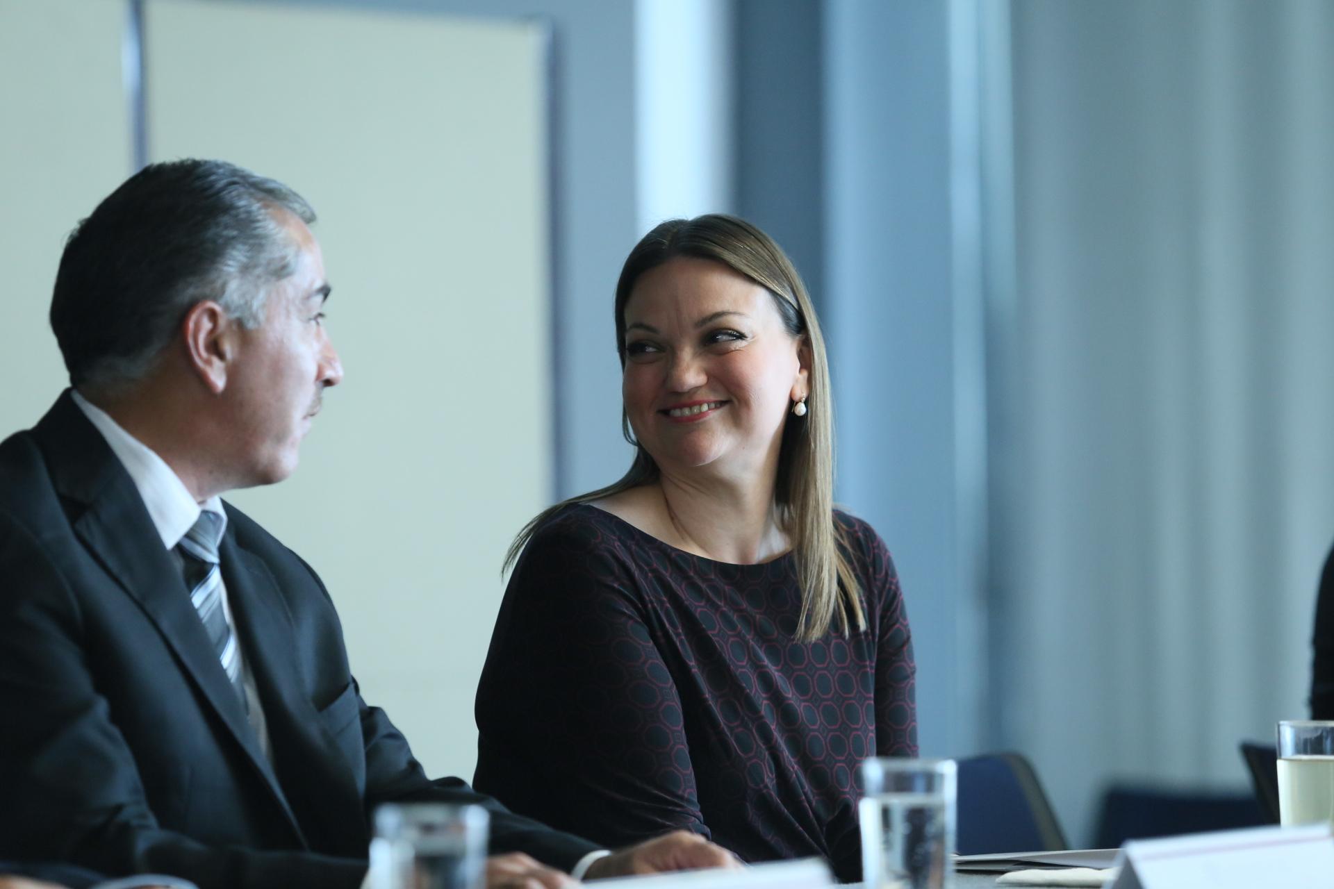 Mtra. María Felicitas Parga Jiménez Rectora del CUCienega en toma de protesta