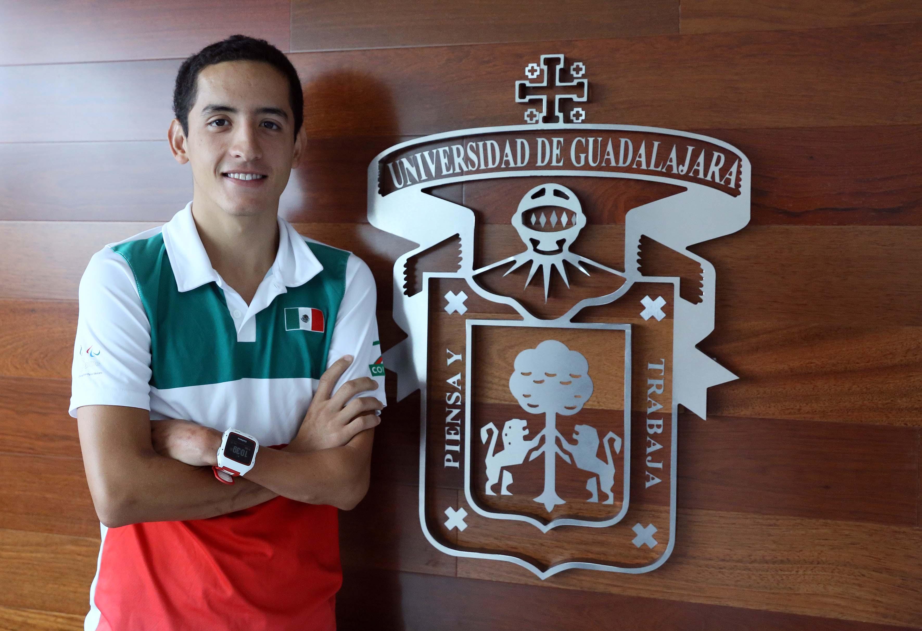 El triatleta paralímpico José Abraham Estrada Sierra