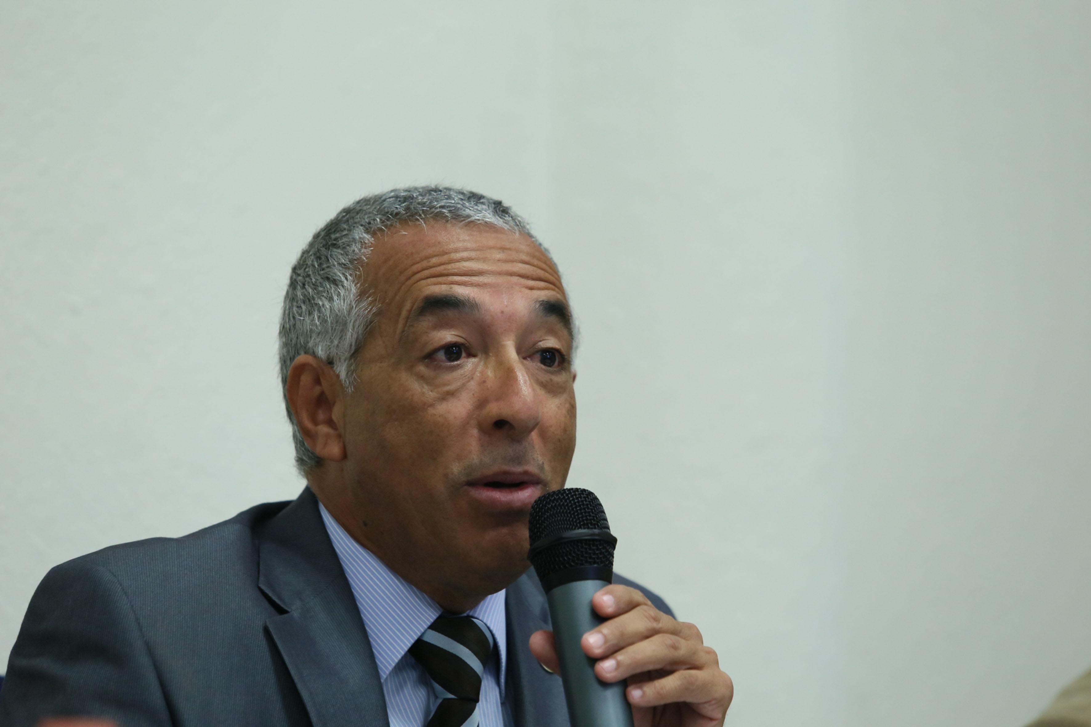 Rector del CUSur, Doctor Ricardo Xicoténcatl García Cauzor, haciendo uso de la palabra