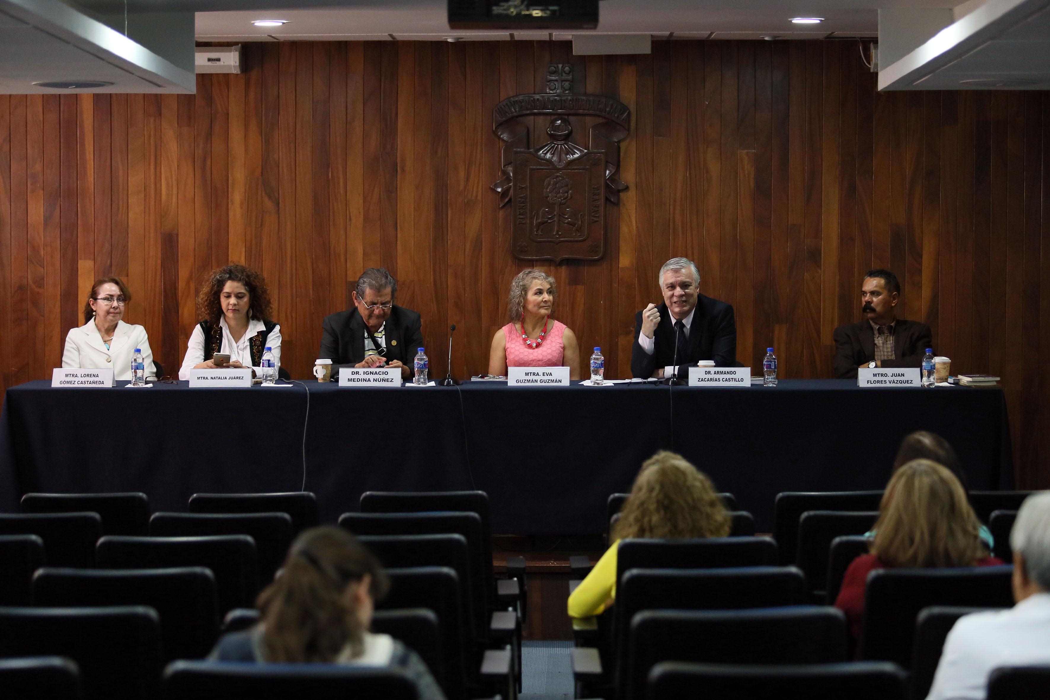 """Presentación del libro """"Política magisterial en Jalisco, 2004-2012"""", en las instalaciones del CUCSH"""