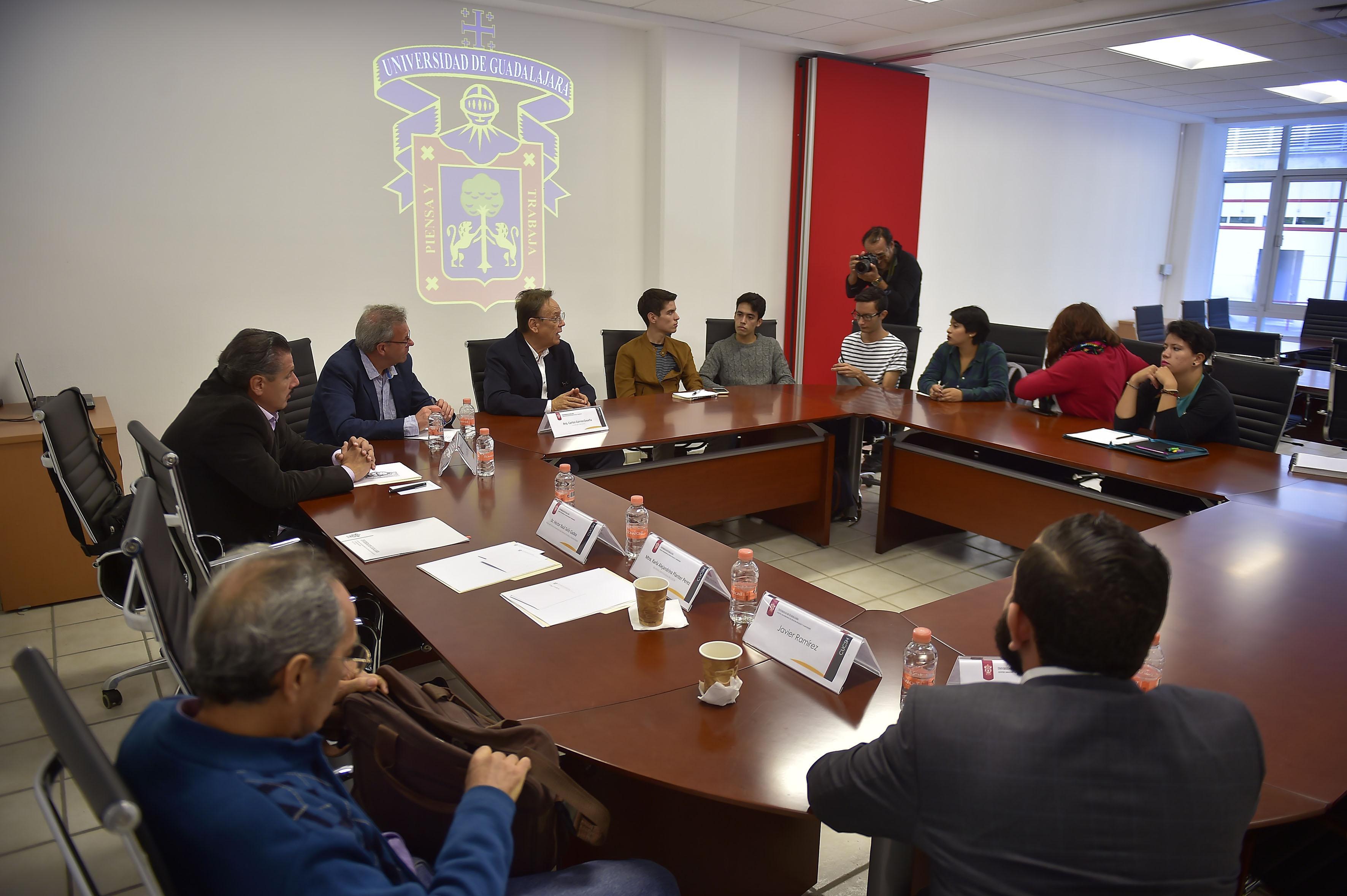 """Conferencia """"El arte en Jalisco en el siglo XX"""", con sede en el auditorio Mújica del CUCSH, campus Belenes"""