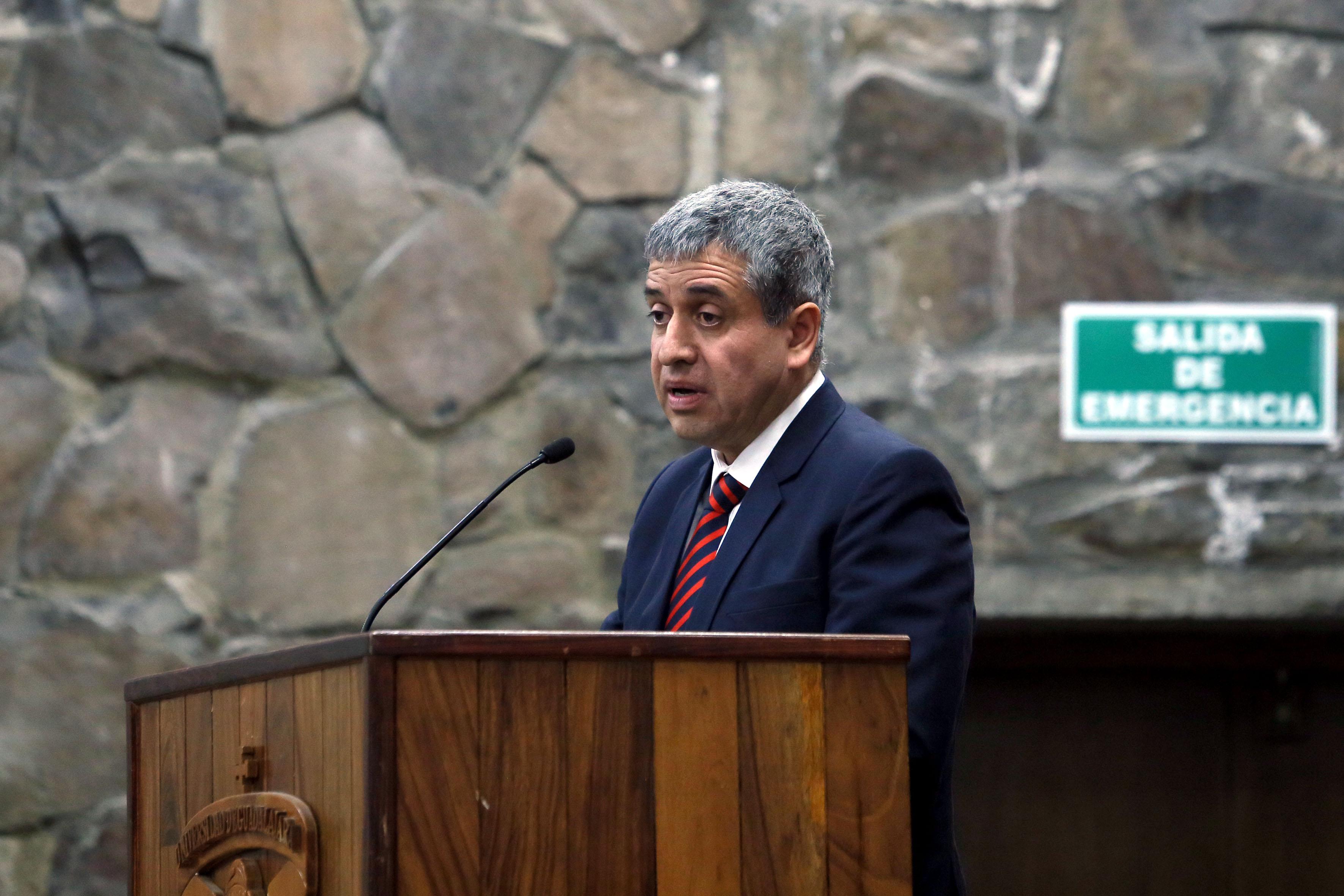 Dr. Héctor Raúl Solís Gadea, al rendir su informe de actividades 2016.