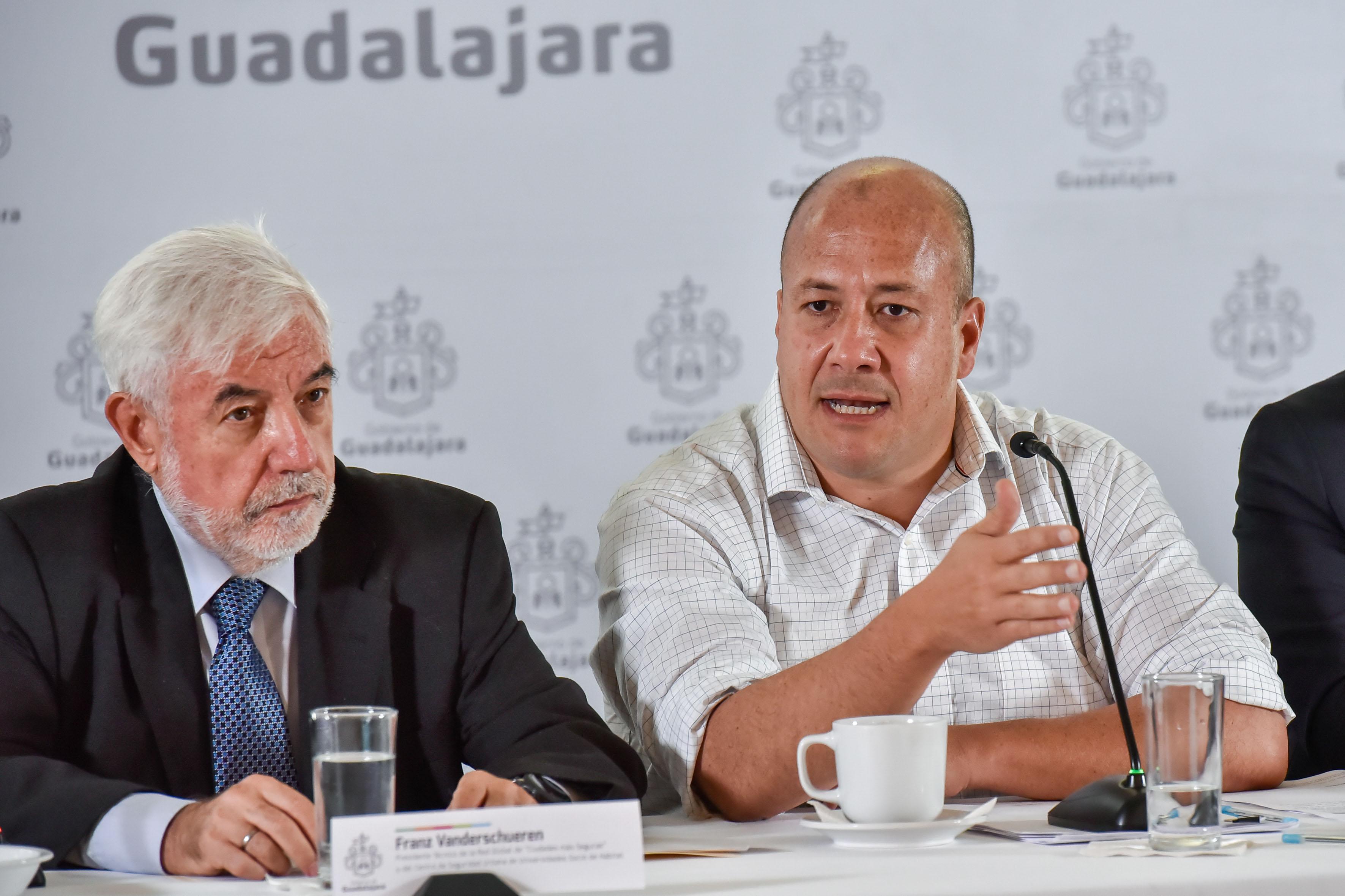 Alcalde Guadalajara, maestro Enrique Alfaro Ramírez haciendo uso de la palabra