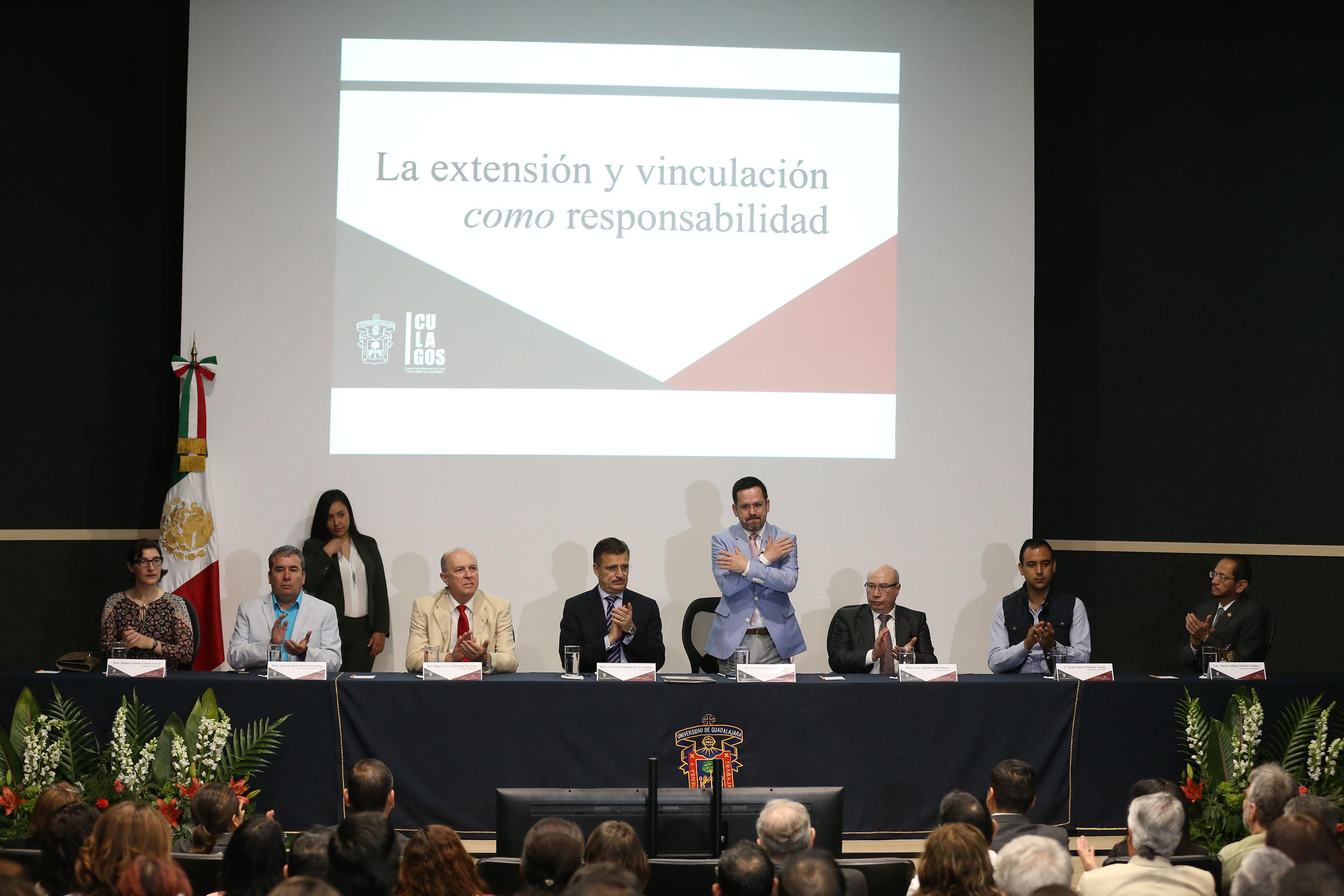 Informe de actividades del Rector del CULagos  doctor Aristarco Regalado Pinedo