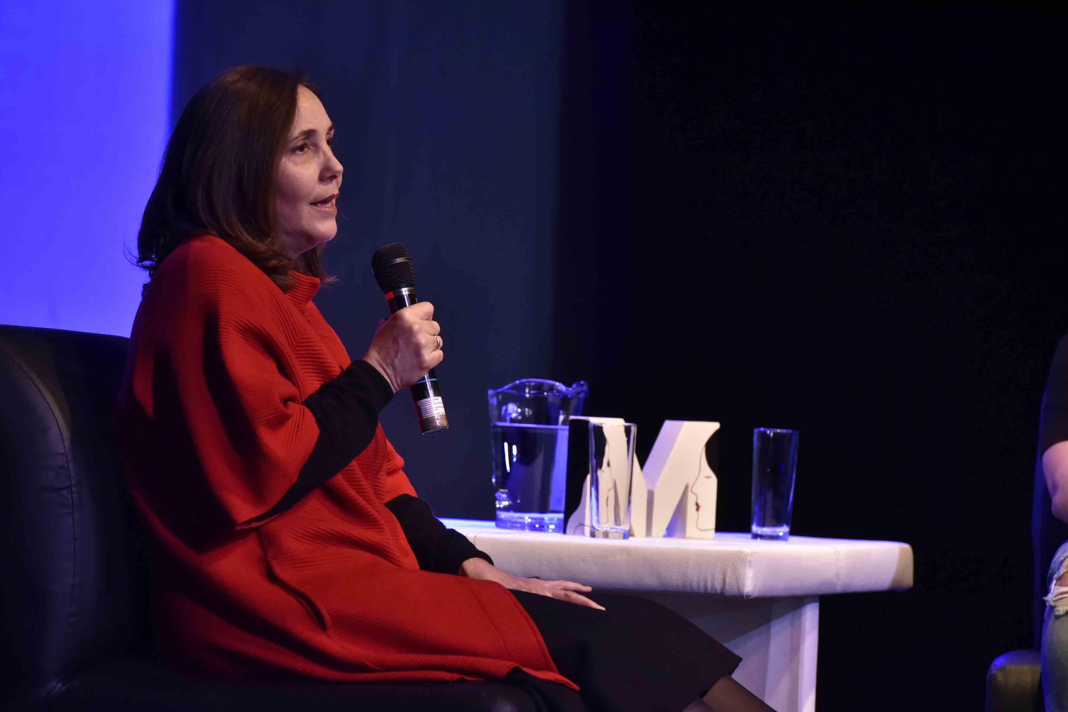 Mariela Castro Espín, cubana política y sexóloga, impartiendo conferencia, en el marco del Festival Internacional del Cine en Guadalajara, en su edición número 32.