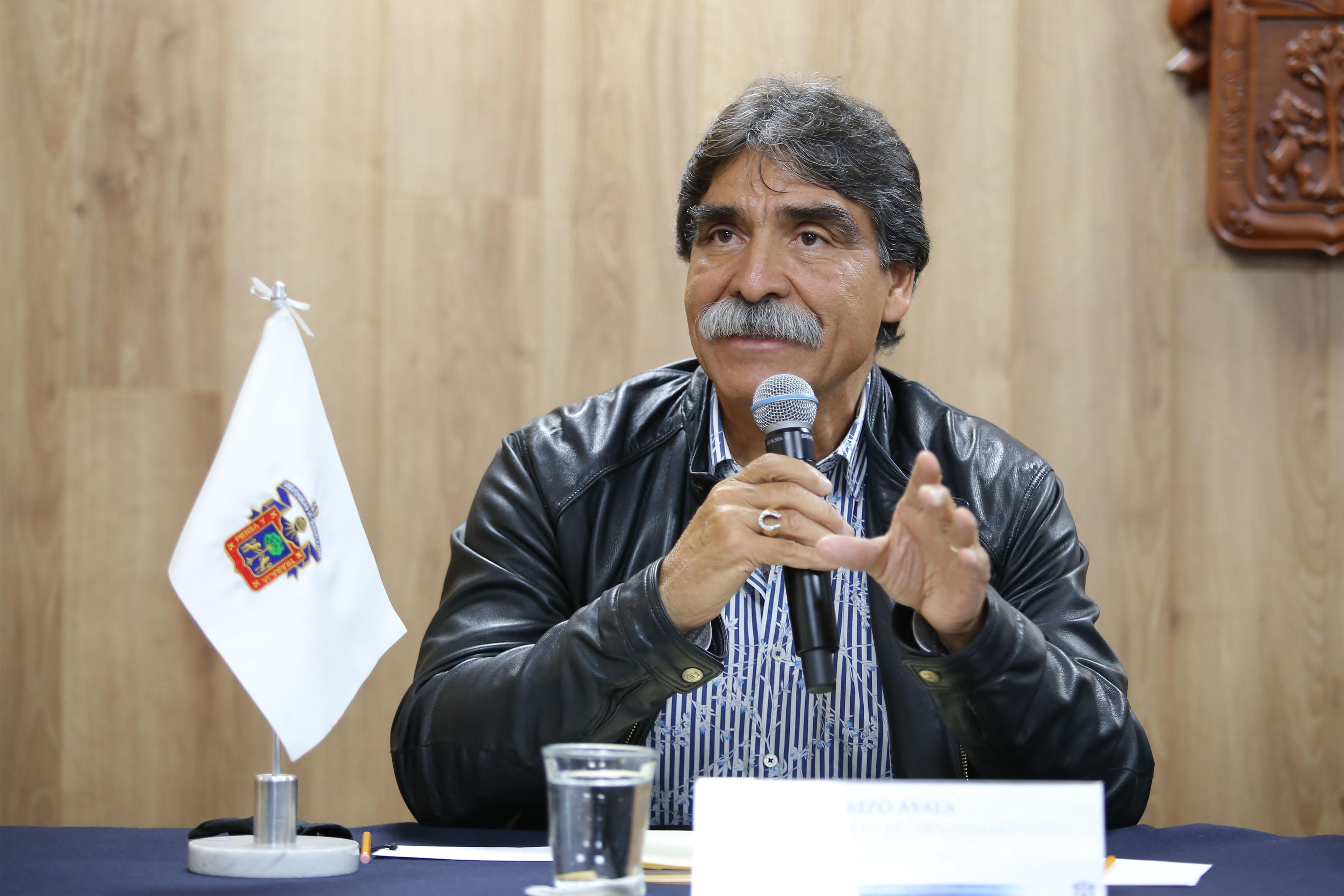 Doctor José Rizo Ayala, responsable de las Brigadas Móviles de Atención Comunitaria, haciendo uso de la palabra.