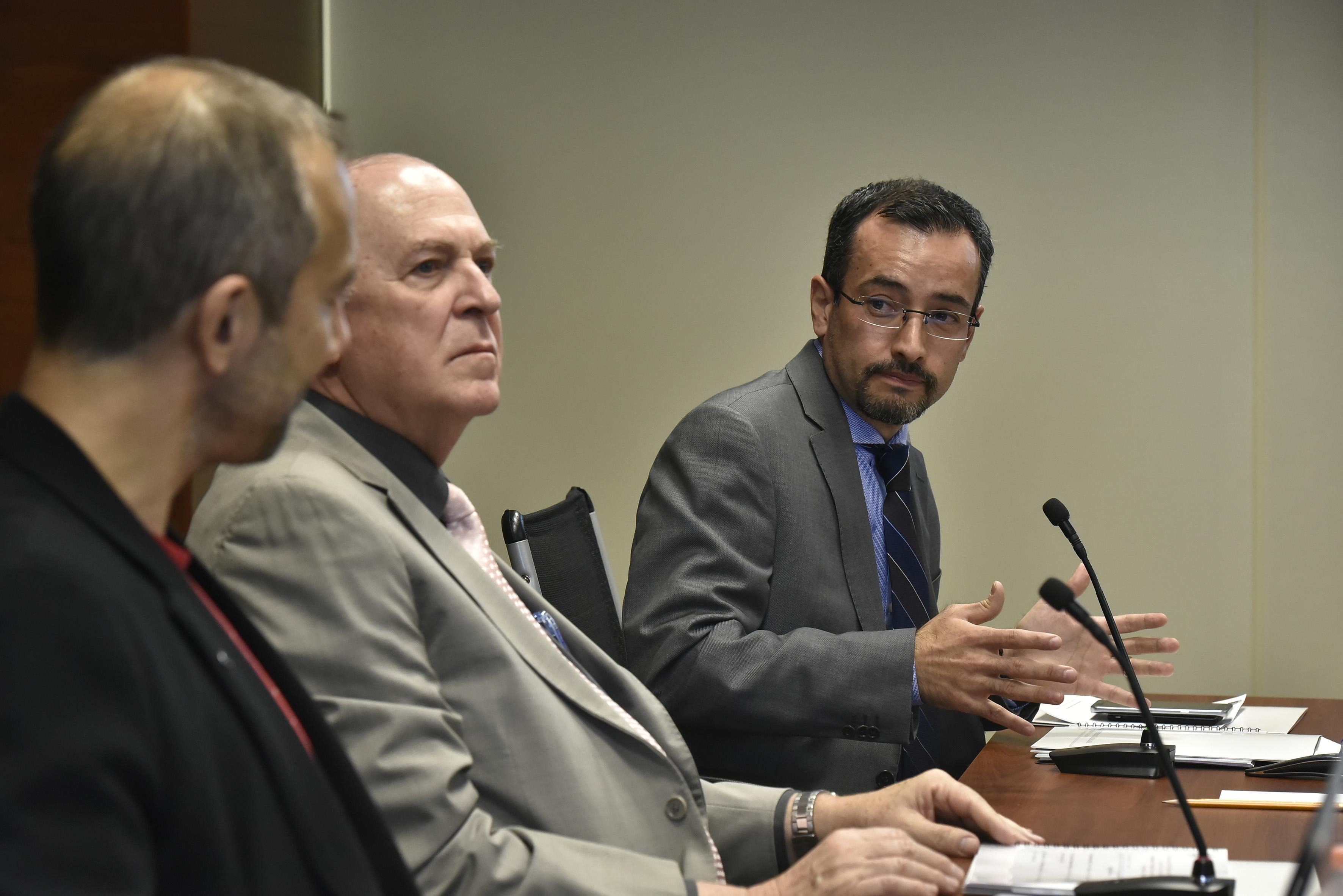 Doctor Carlos Iván Moreno Arellano, Coordinador General de Cooperación e Internacionalización de la Universidad de Guadalajara, frente al micrófono.