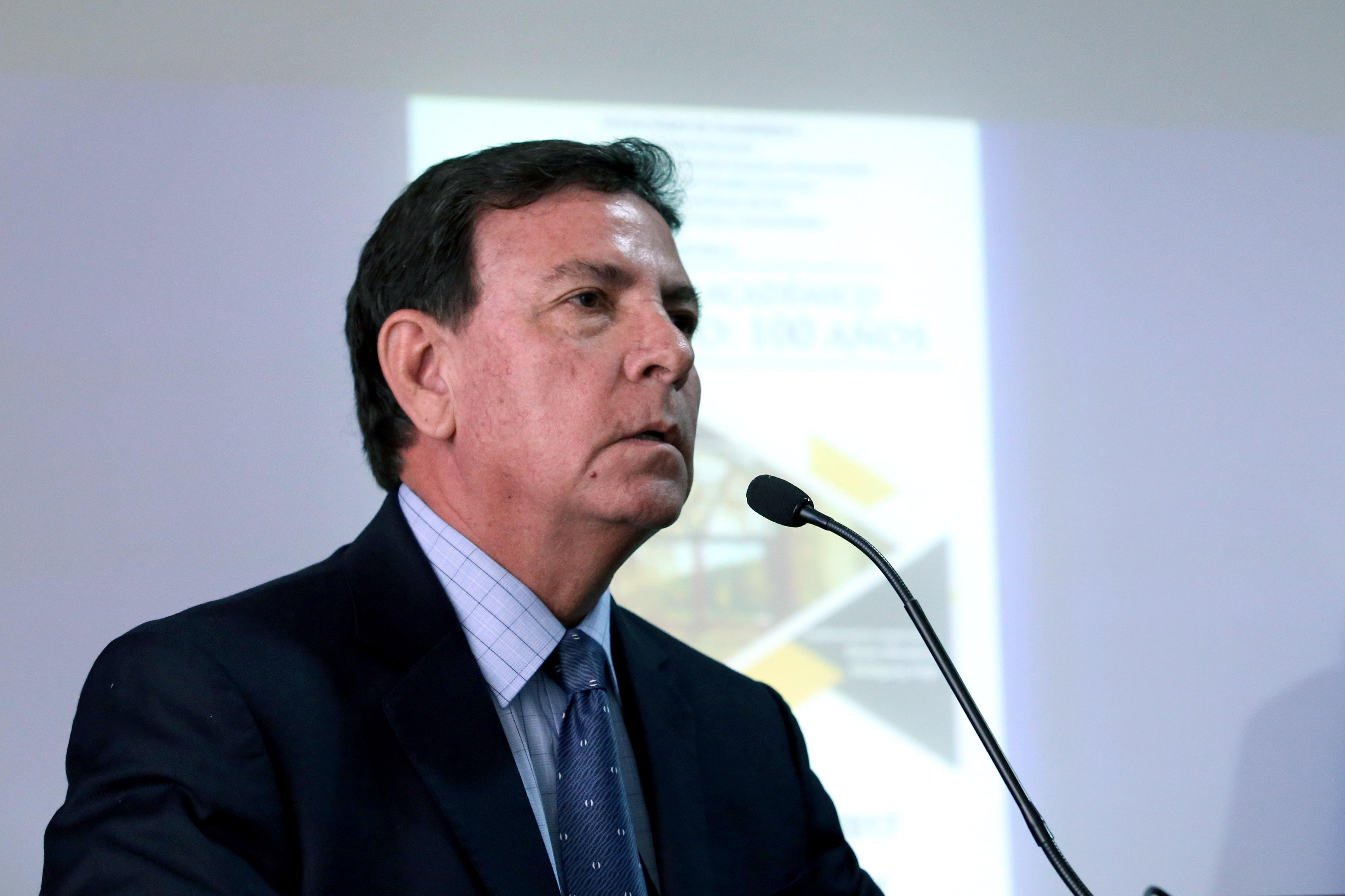 Dr. José Alejandro Juárez Gonzalez haciendo uso de la palabra