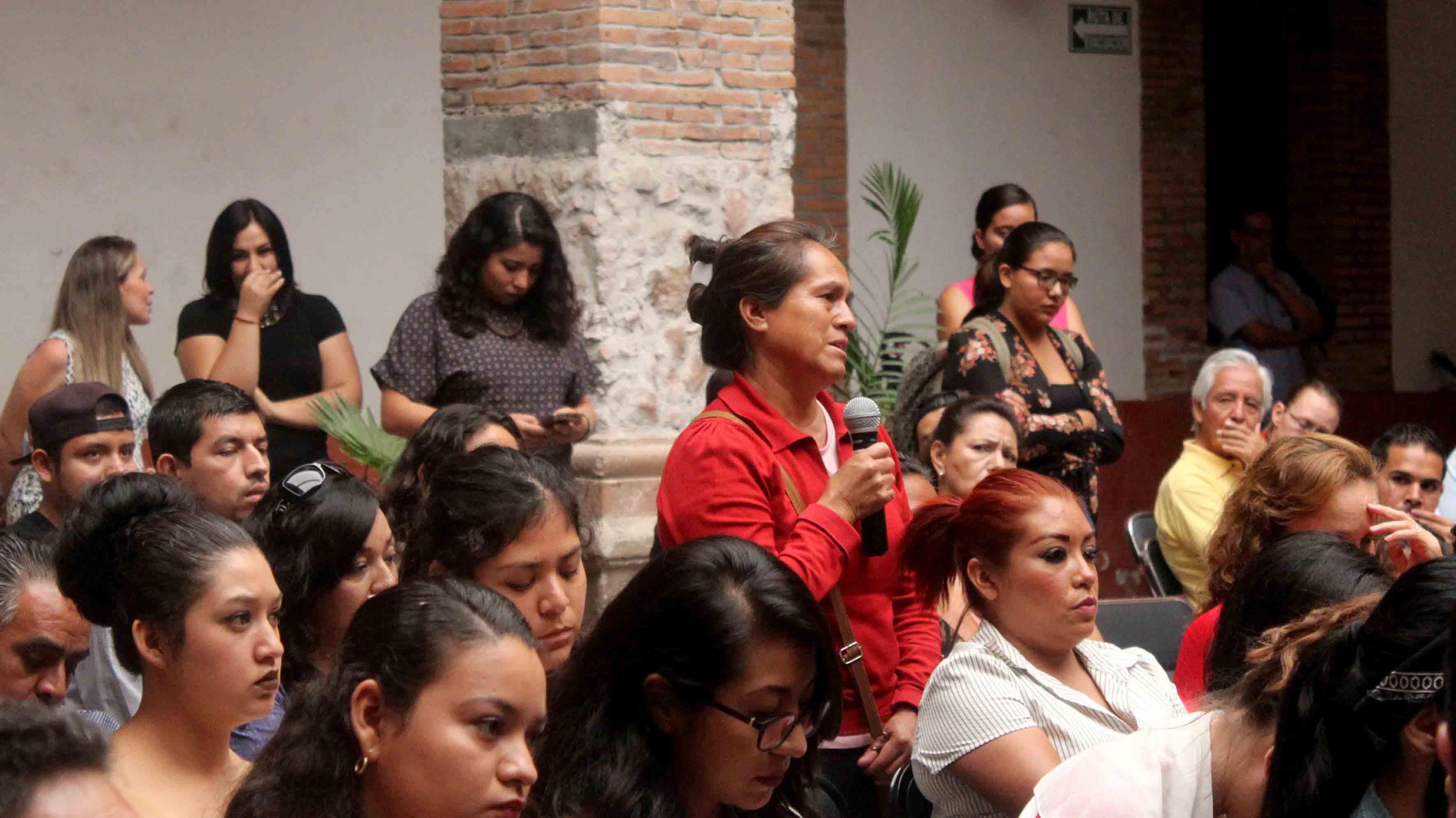 Comunidad de la región Altos Norte, asistentes al seminario, en el marco de las actividades de la Universidad Internacional de Verano.