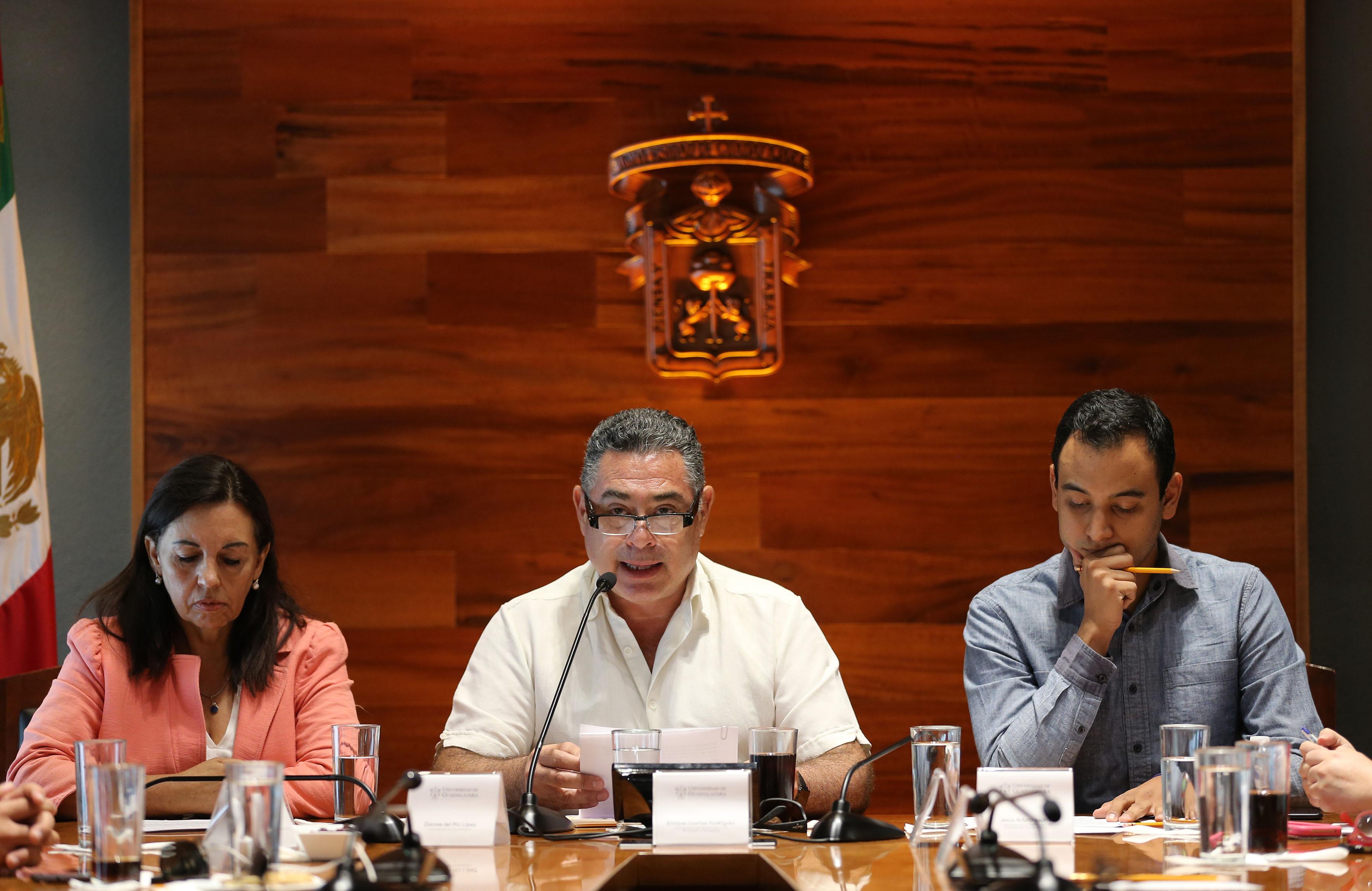Enrique Dueñas Rodríguez, coordinador del observatorio, haciendo uso de la palabra