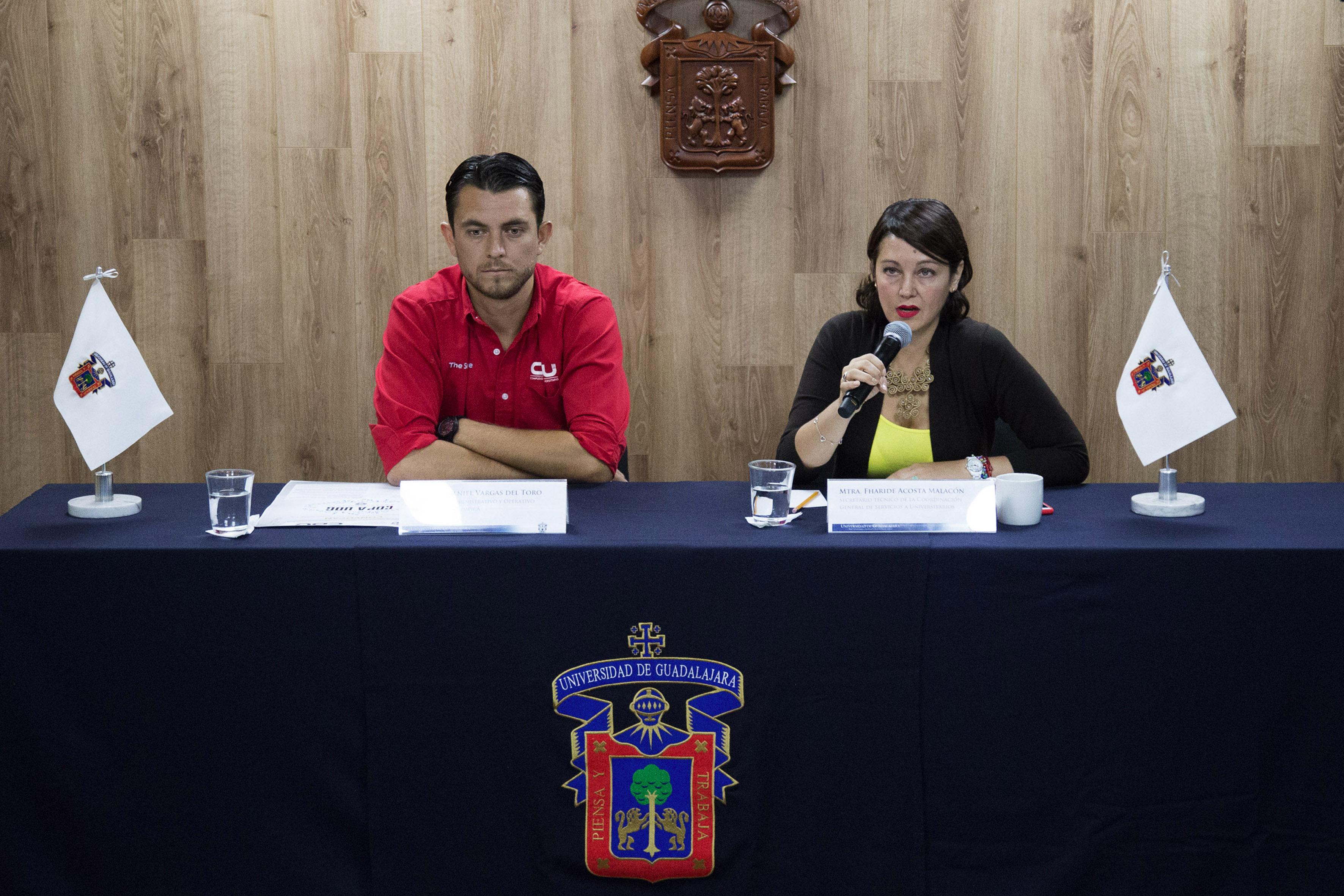 Rueda de prensa para anunciar  la primera Copa UdeG de Natación en la alberca olímpica de la Universidad de Guadalajara