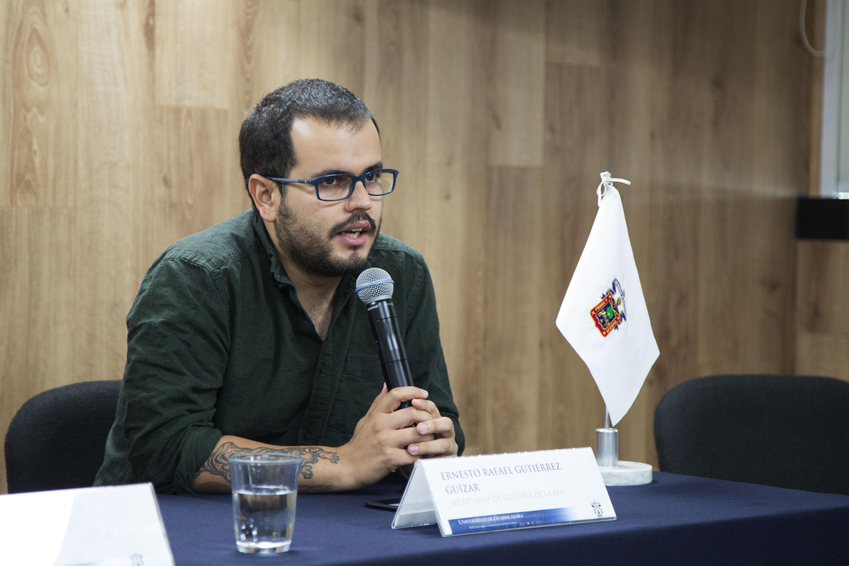 Ernesto Rafael Gutierrez Guizar haciendo uso de la palabra