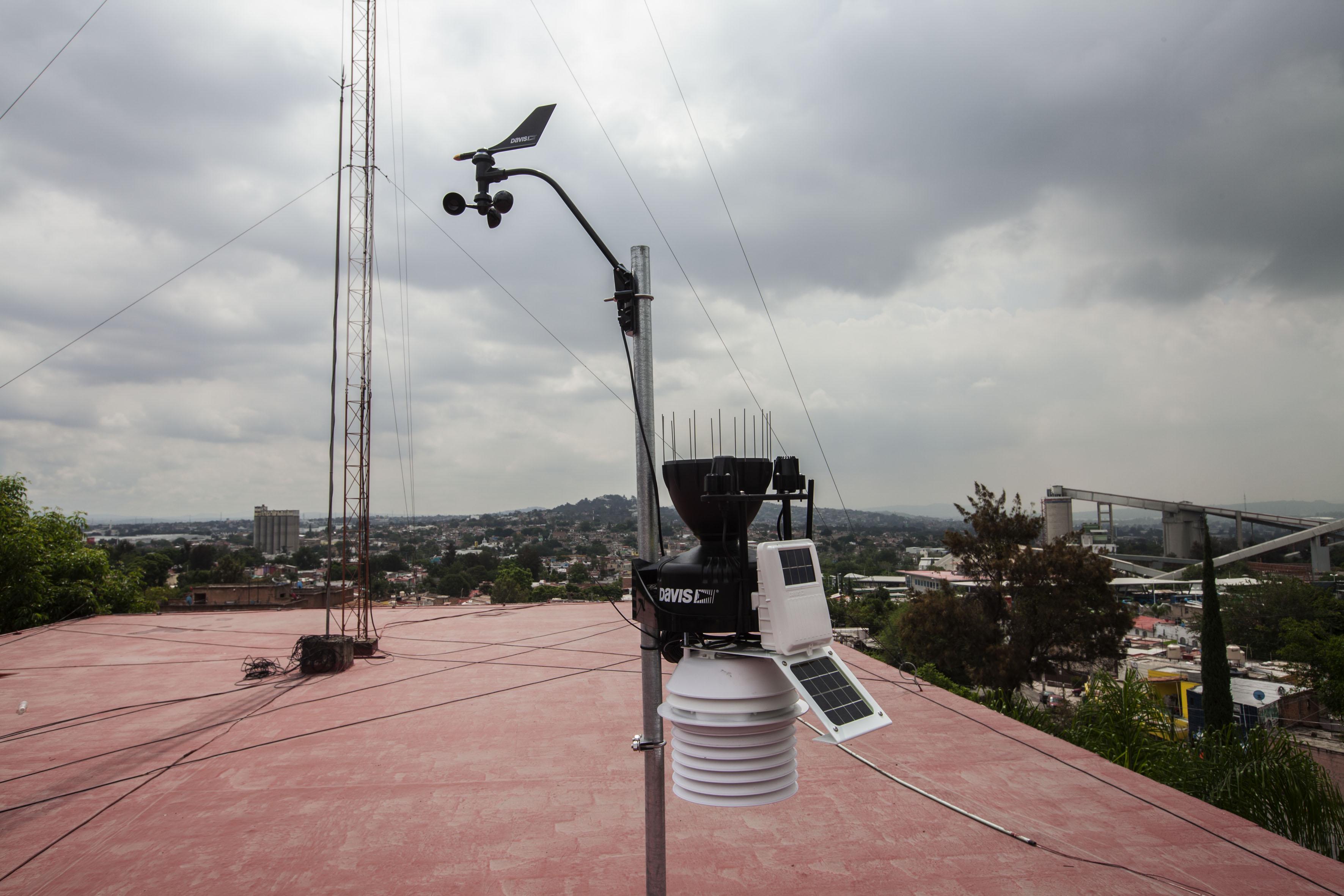 Estación de monitoreo meteorológico.