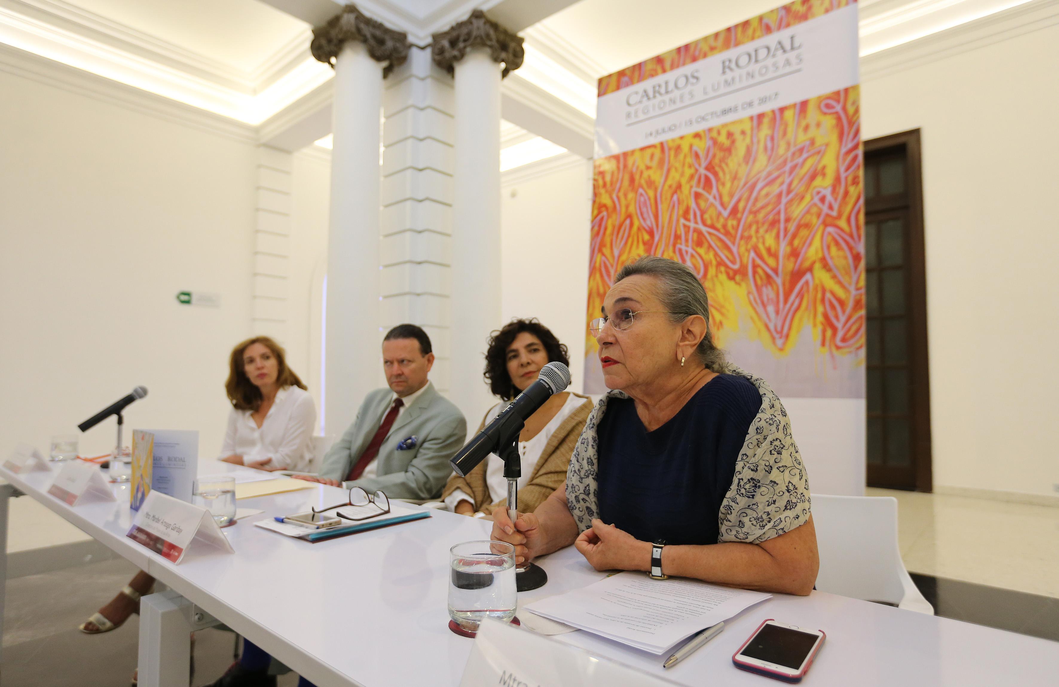 Fernanda Matos Moctezuma haciendo uso de la palabra