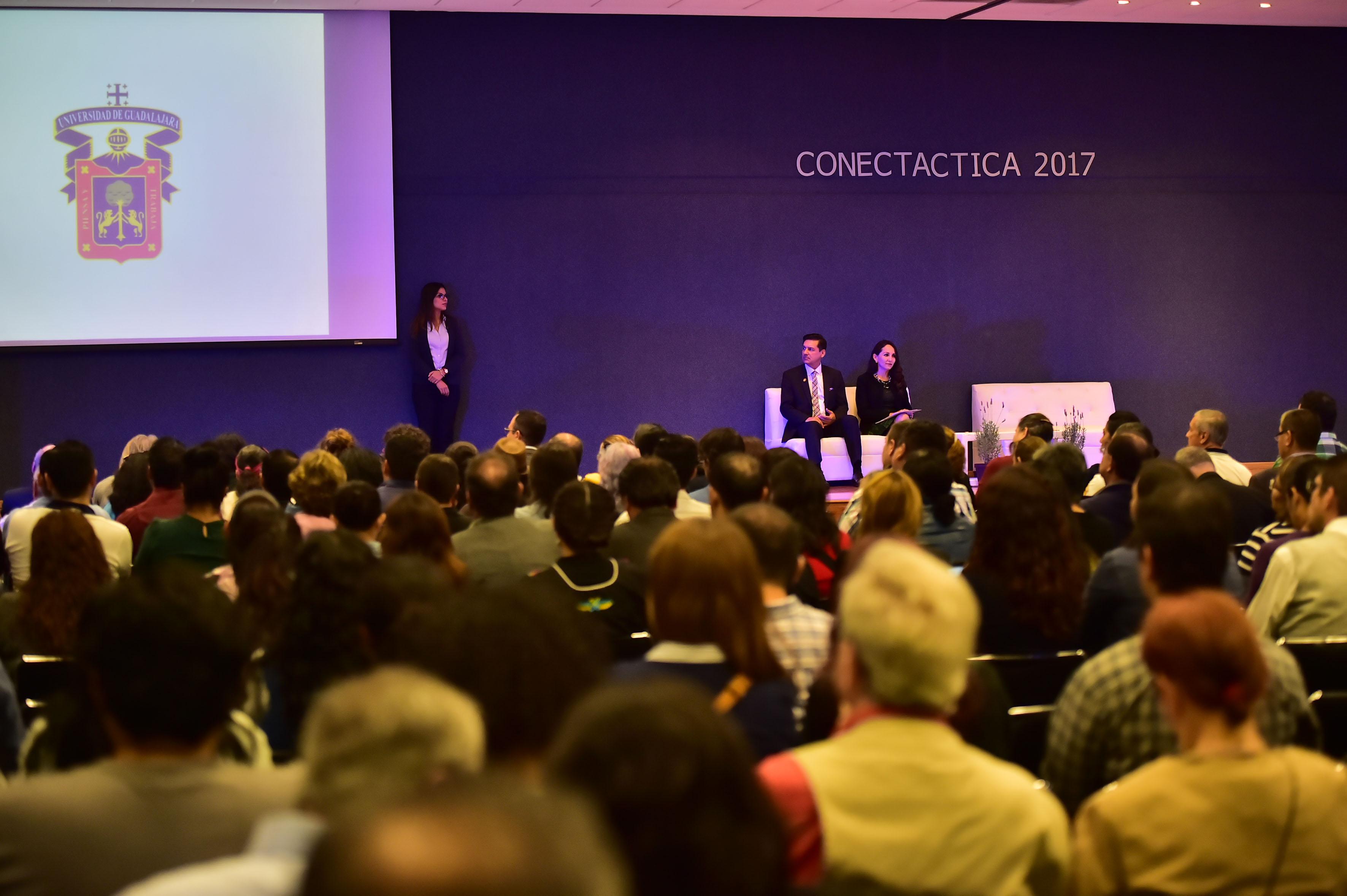"""Inauguración de  la séptima edición de """"Conectáctica 2017"""", en el Centro Universitario de Ciencias Económico Administrativas (CUCEA) de la UdeG."""