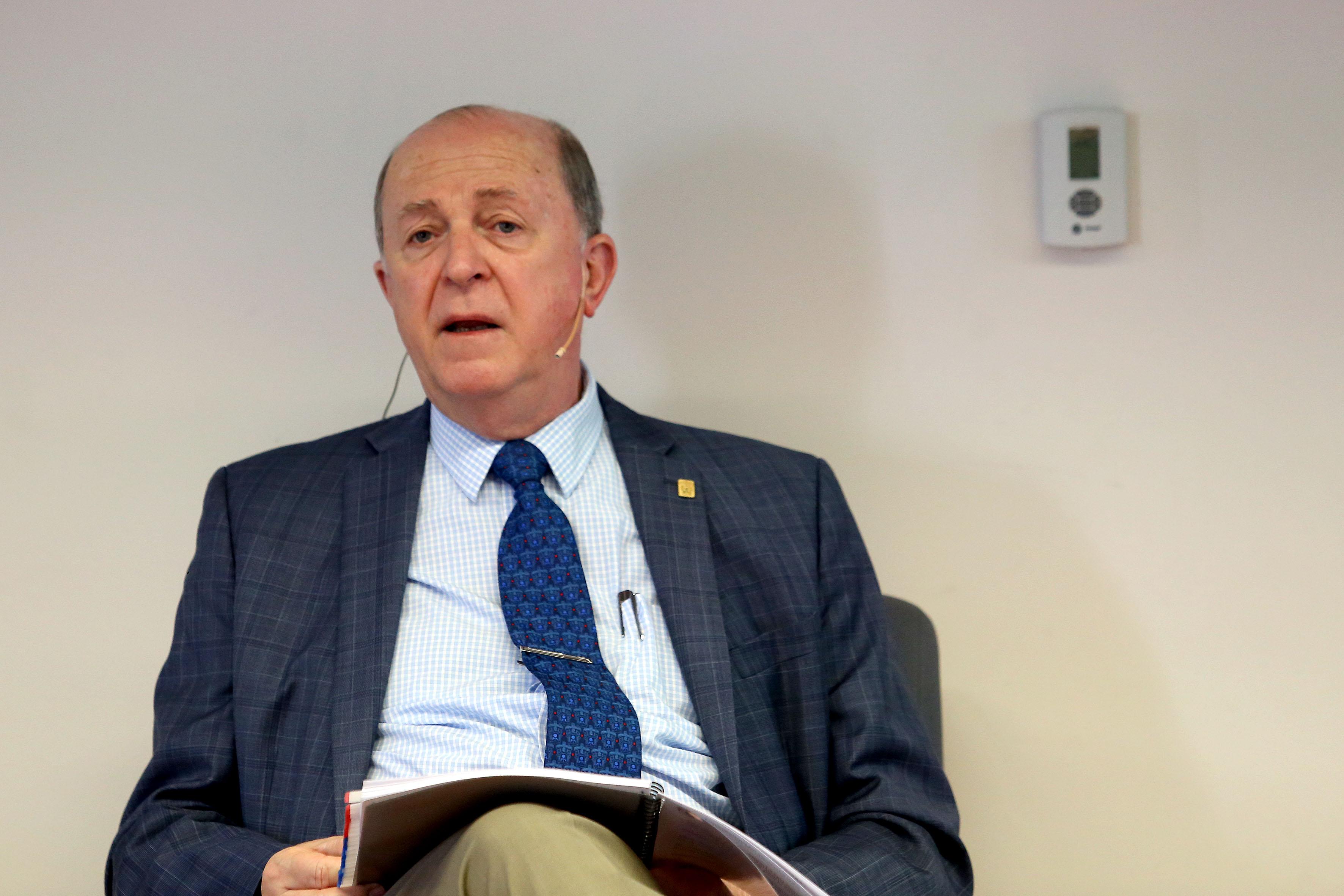 Vicerrector Ejecutivo de la UdeG, maestro Miguel Ángel Navarro Navarro.