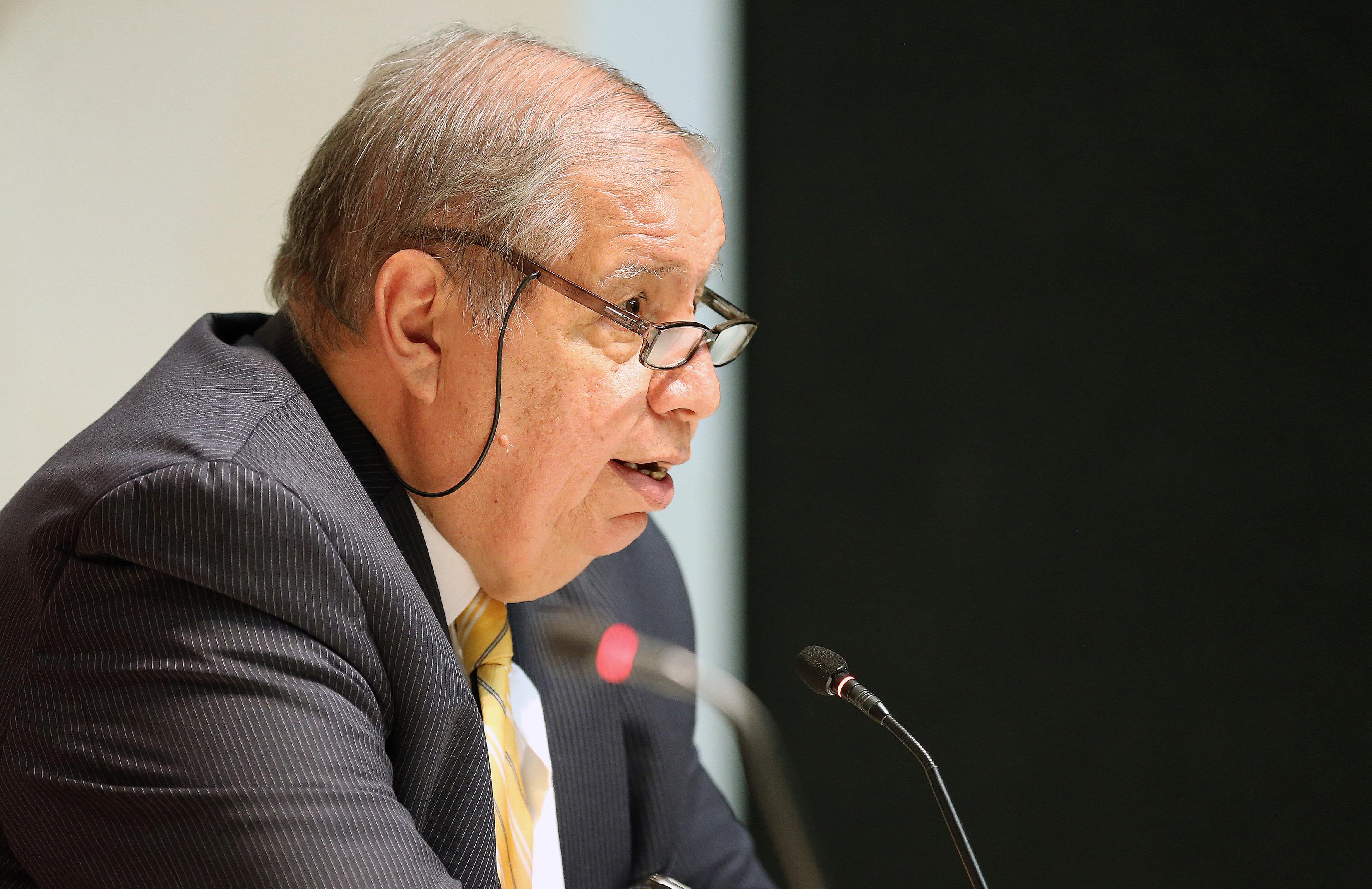 """Dr. Juan Manuel Durán Juárez  haciendo uso de la palabra en la conferencia """"Mariano Otero"""""""