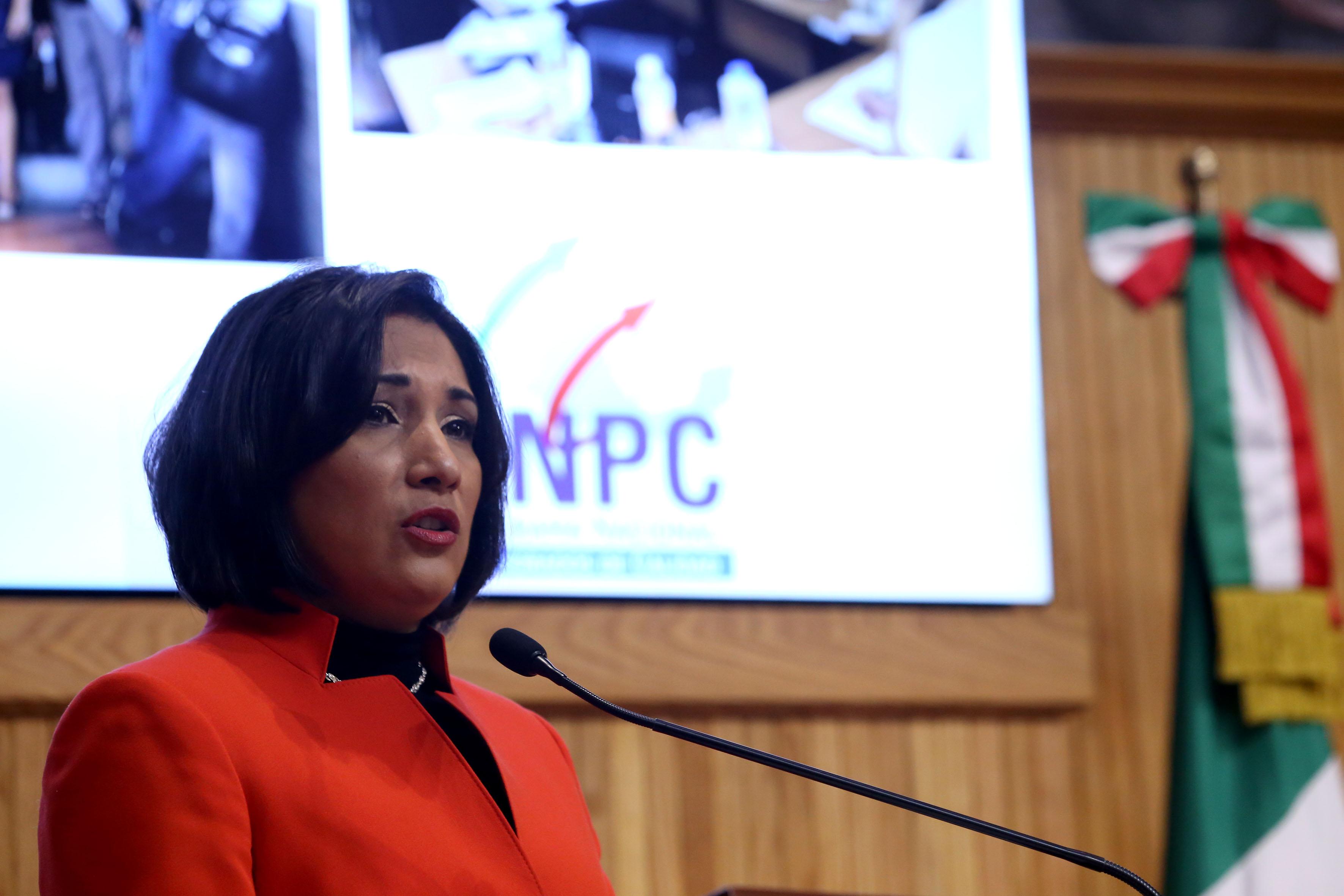 Titular de la Secretaría de Medio Ambiente y Desarrollo Territorial (Semadet), bióloga María Magdalena Ruiz Mejía, haciendo uso de la palabra