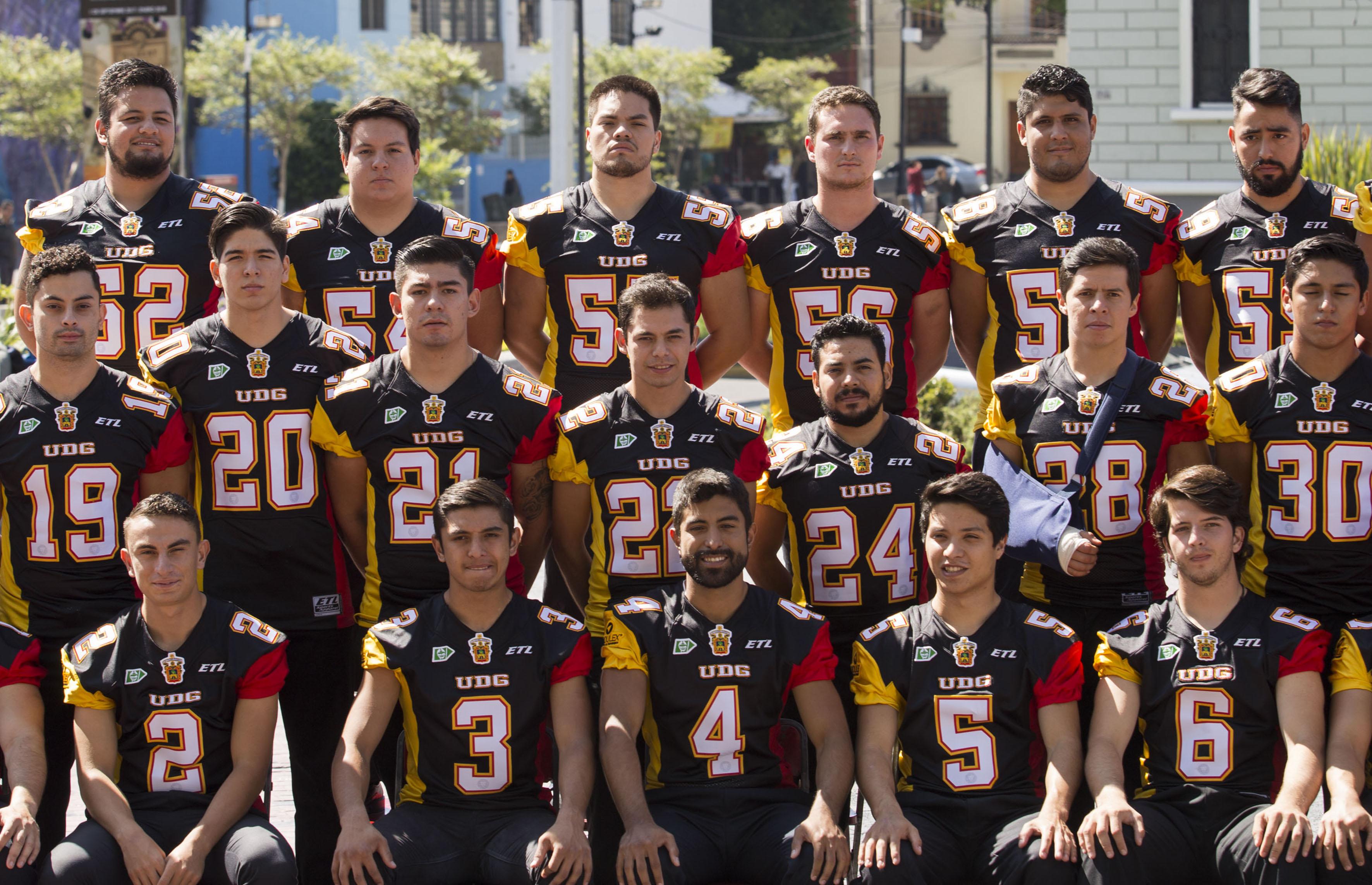Fotografía oficial del equipo de los Leones Negros de la Universidad de Guadalajara