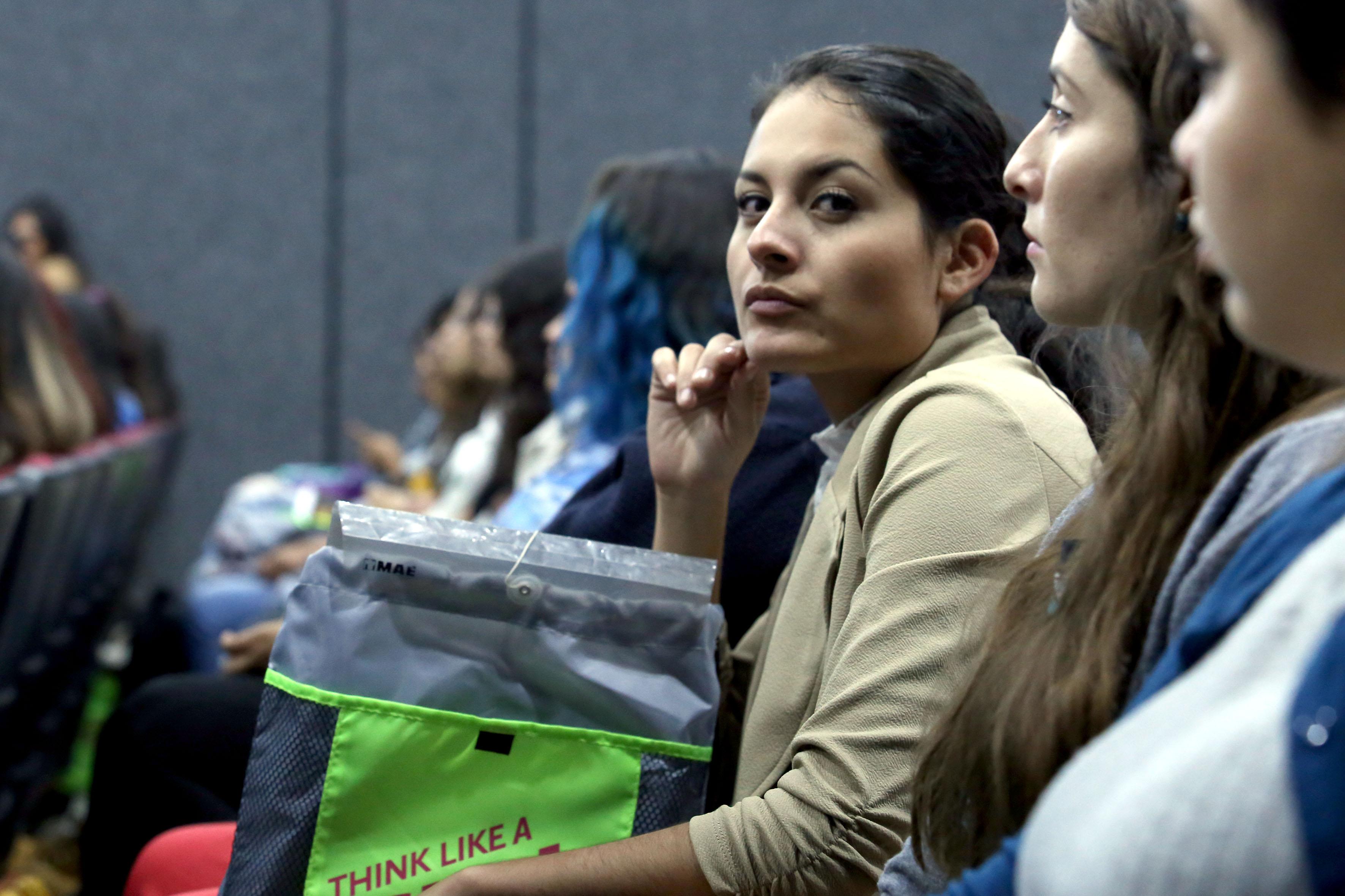 Mujeres estudiantes de la Red Universitaria asistentes al evento y que buscan crear proyectos de innovación tecnológica sustentable.