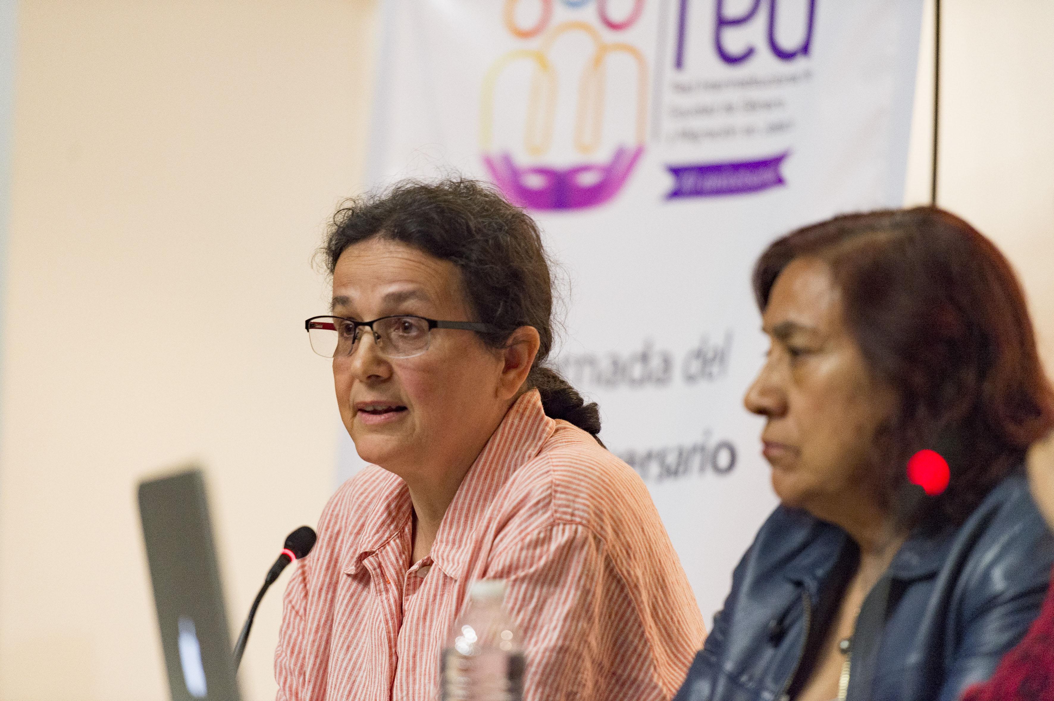 Doctora Manuela Camus Bergareche investigadora del Departamento de Estudios Socio Urbanos del Centro Universitario de Ciencias Sociales y Humanidades de la UdeG.