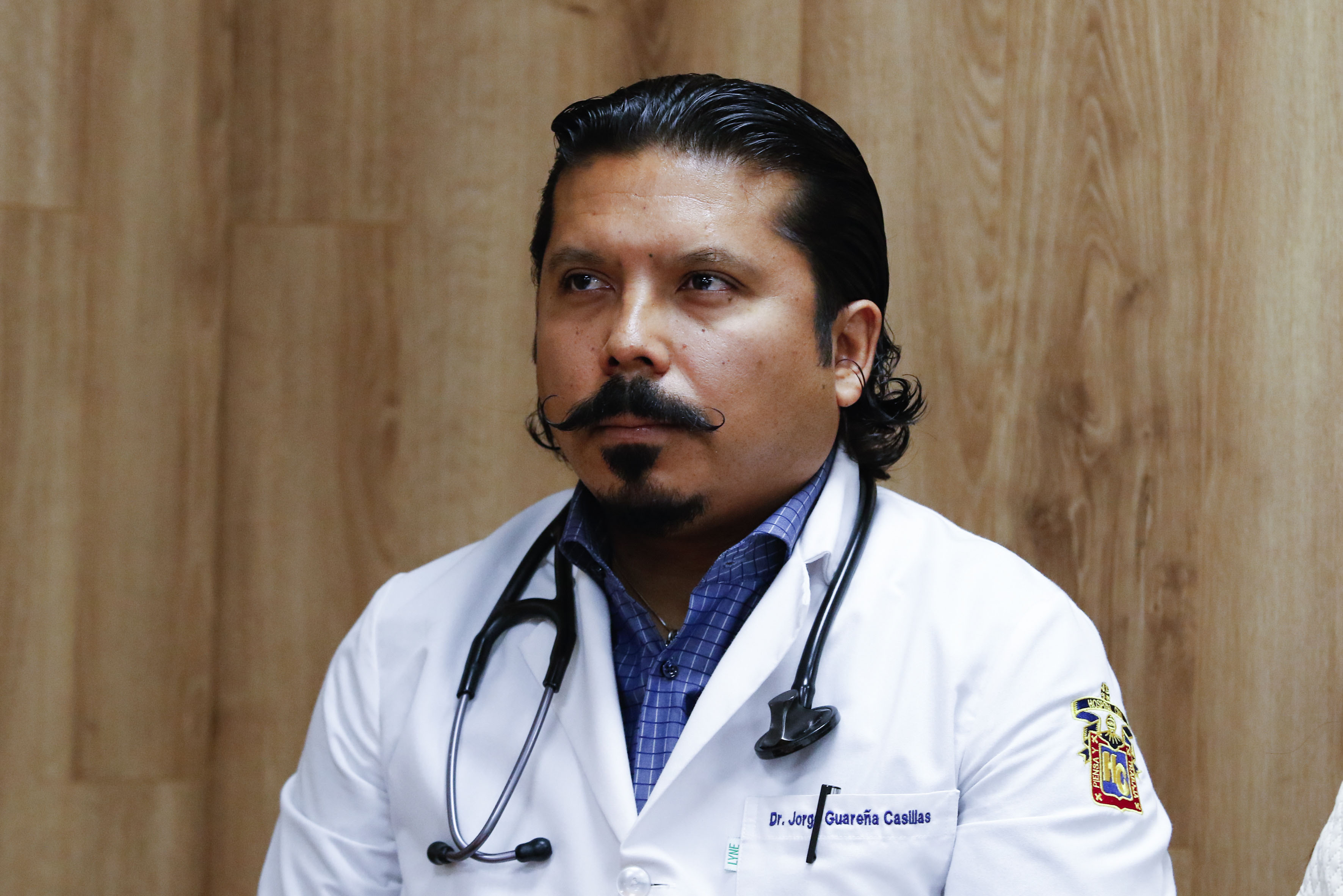 """Dr. Jorge Armando Guareña Casillas jefe del Servicio de Terapia Endovascular del """"Fray Antonio Alcalde""""."""