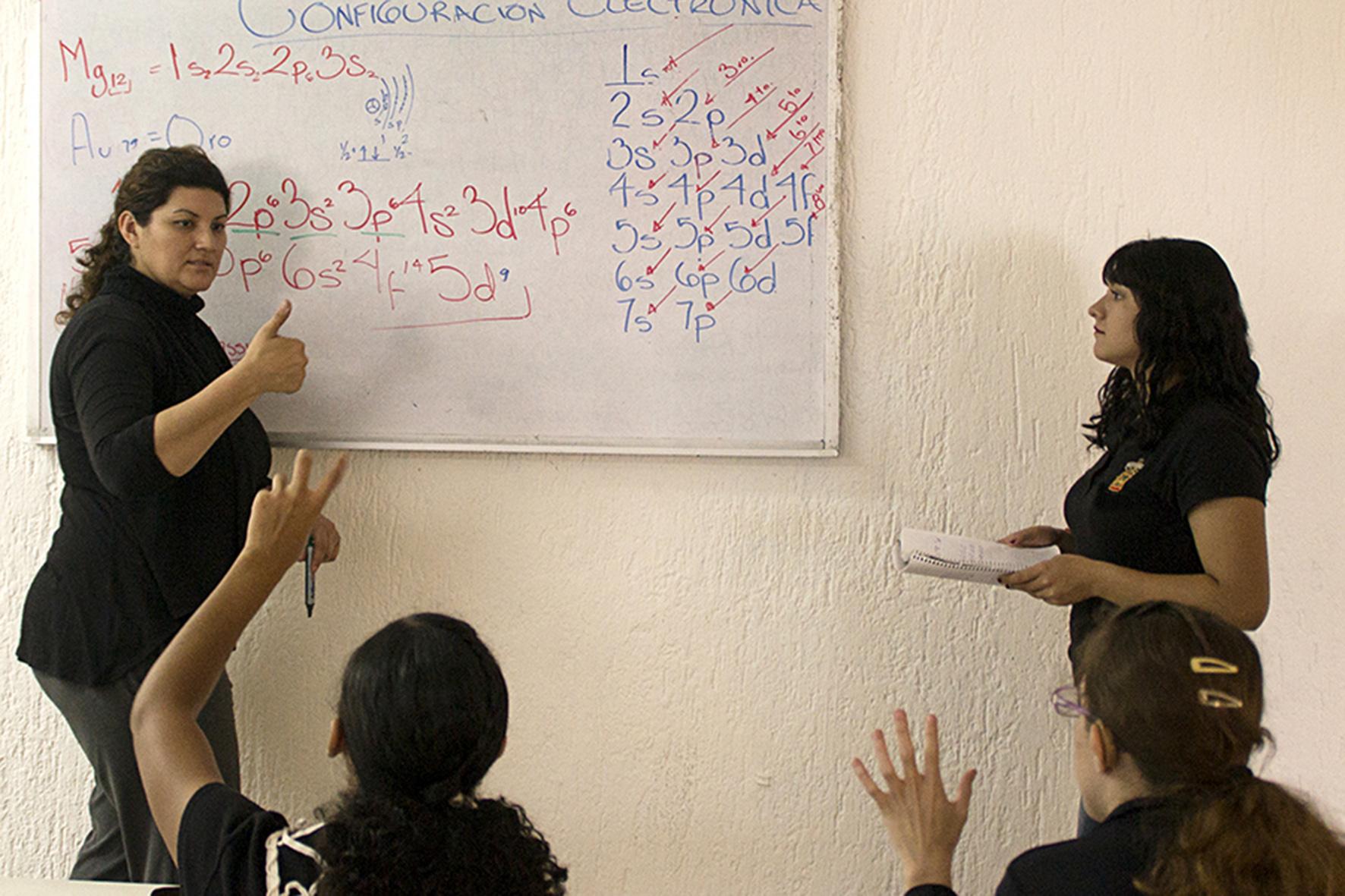 Preparatoria 7, ejemplo de inclusión de jóvenes sordos   Universidad ...