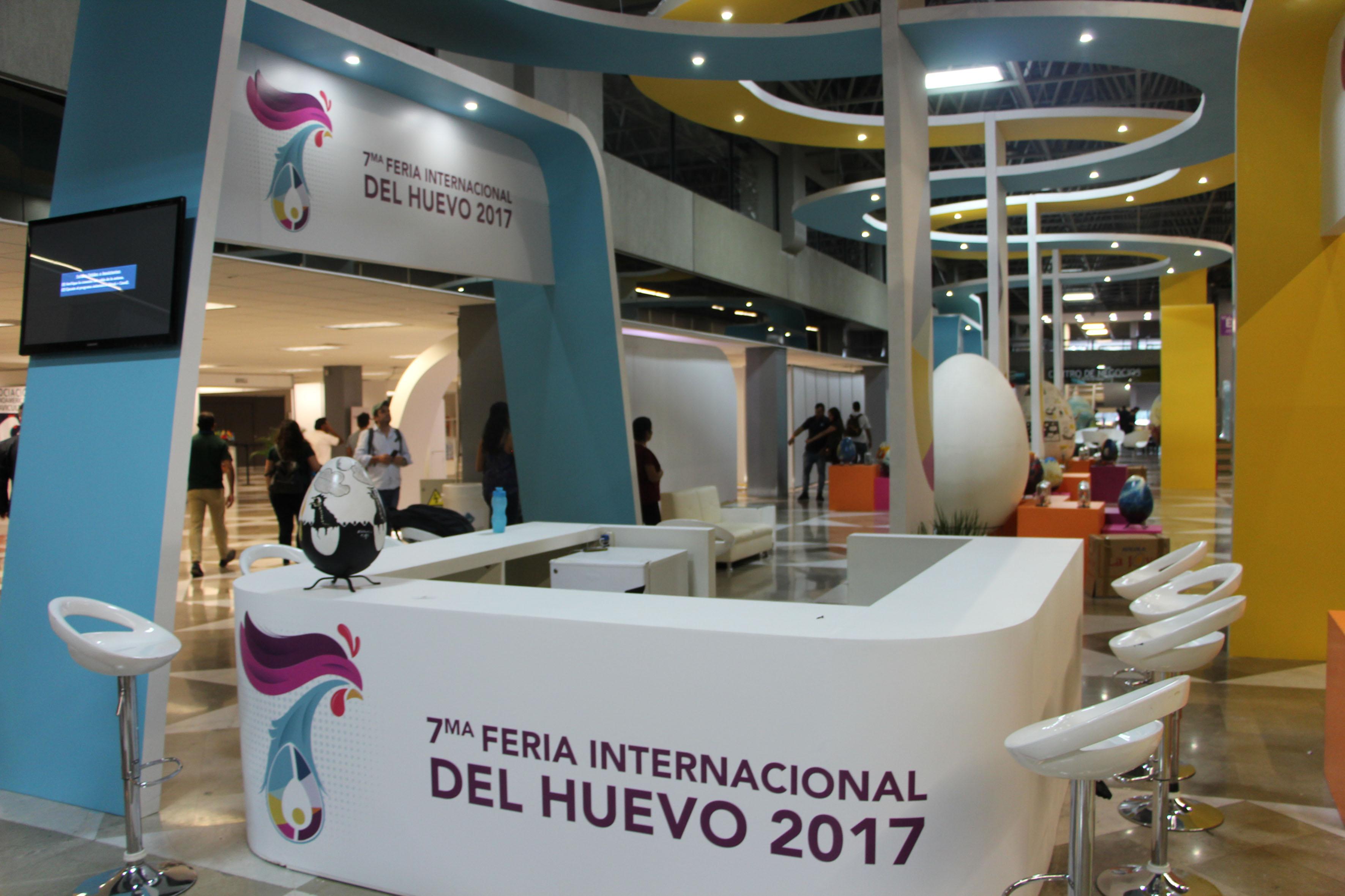 Entrada y módulo principal a la exposición de la 7ma. Feria Internacional del Huevo 2017; en la expo Guadalajara.