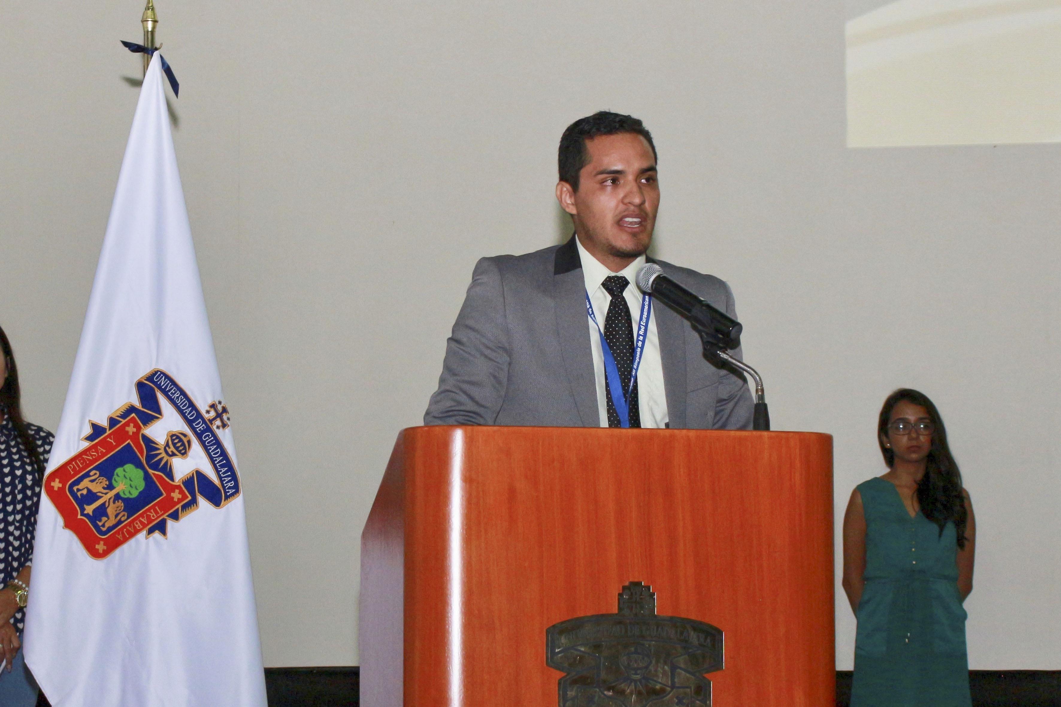 Licenciado Francisco Javier Chávez Alvarado, coordinador de la licenciatura en Cultura Física y Deportes, del Centro Universitario de la Costa.