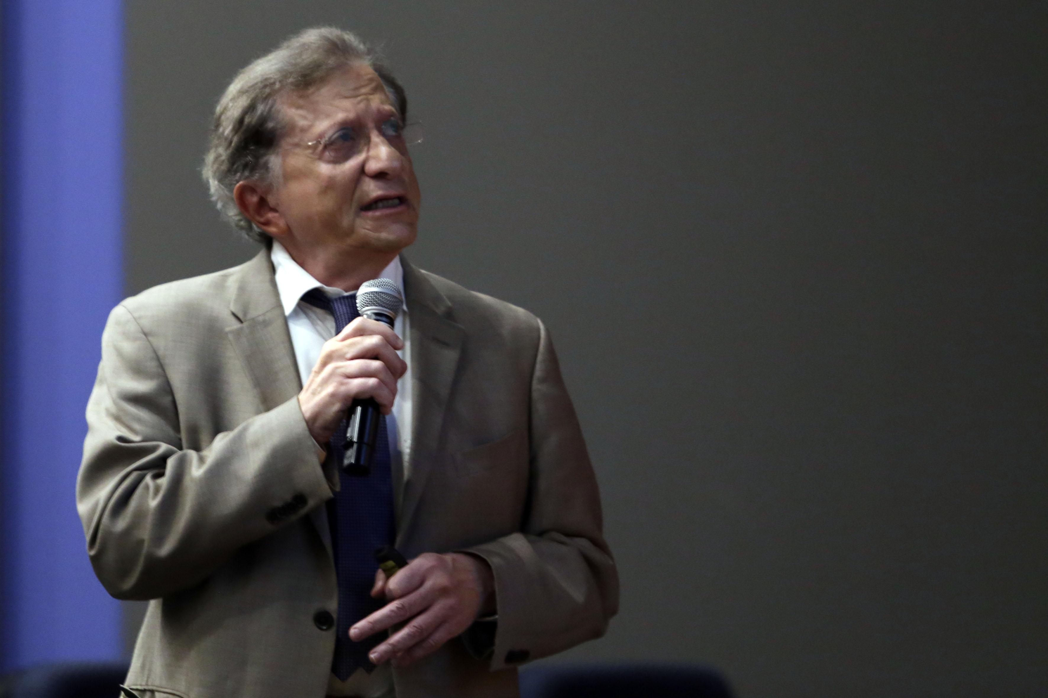 Mtro.  Jaime Reyes Robles, Secretario de Innovación, Ciencia y Tecnología de Jalisco, haciendo uso de la palabra