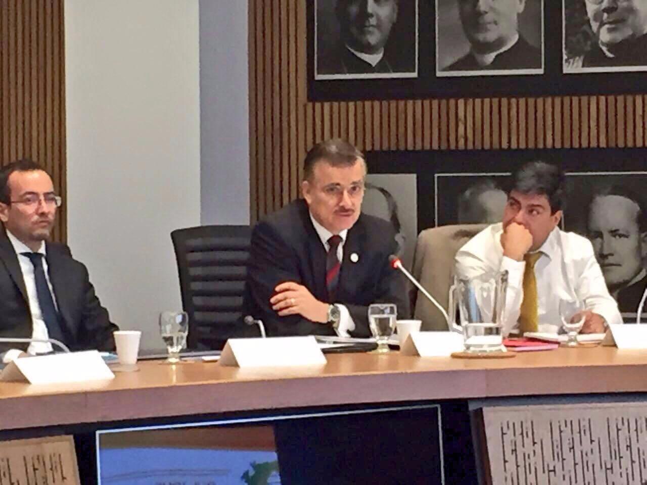 Mtro.  Itzcóatl Tonatiuh Bravo Padilla participando en el el marco de la LXXVIII junta directiva celebrada este martes en Montreal, Canadá.