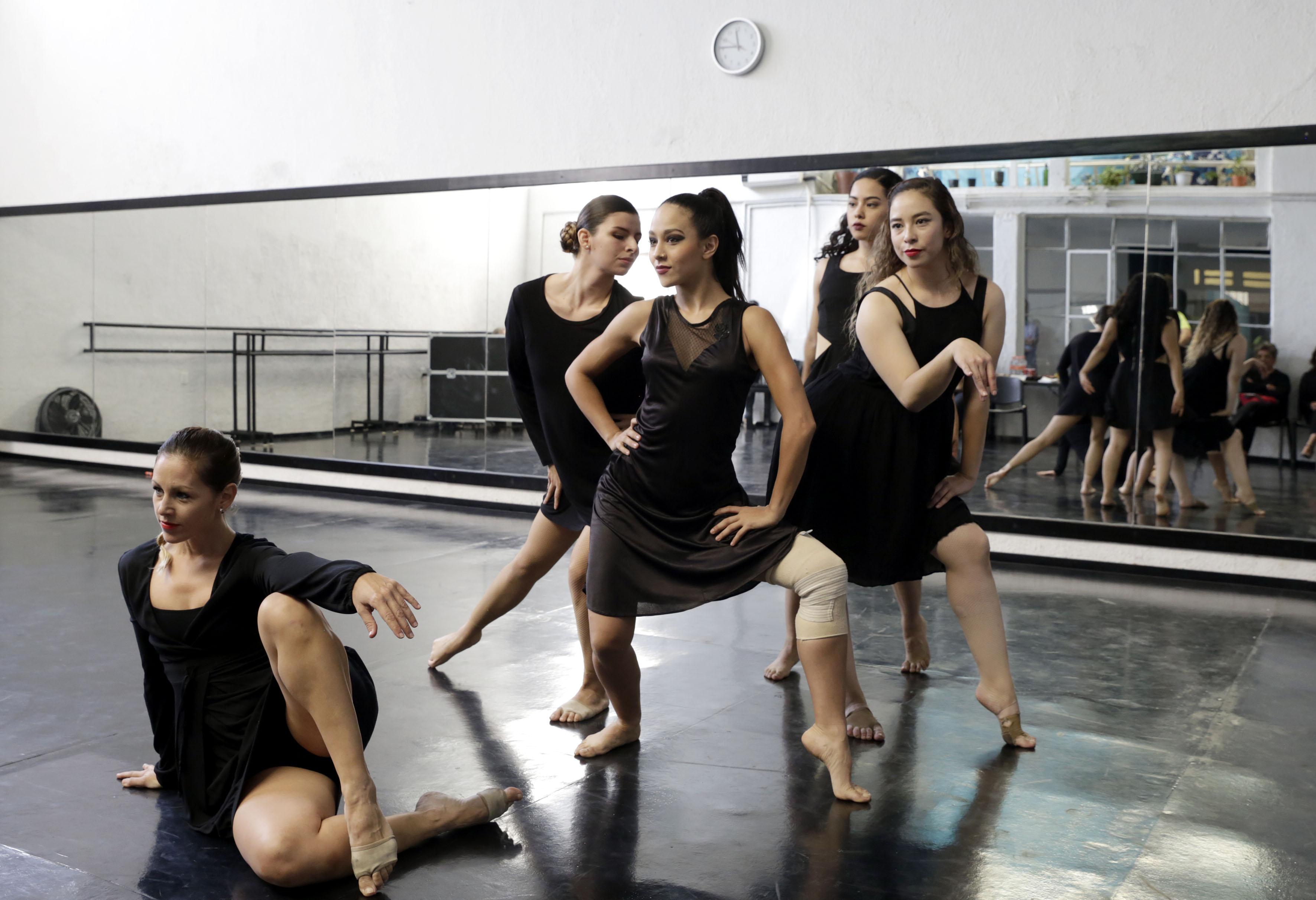 Miembros del grupo de danza Gineceo.