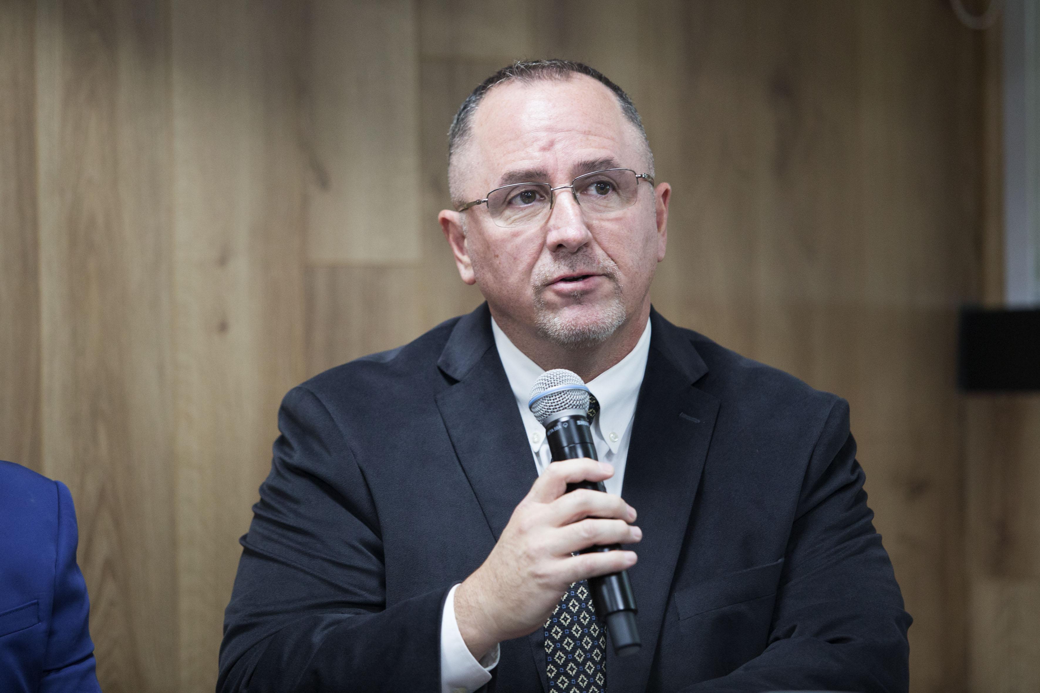 Mike Peinado, Vicepresidente de Operaciones Comerciales de la empresa TechBridge