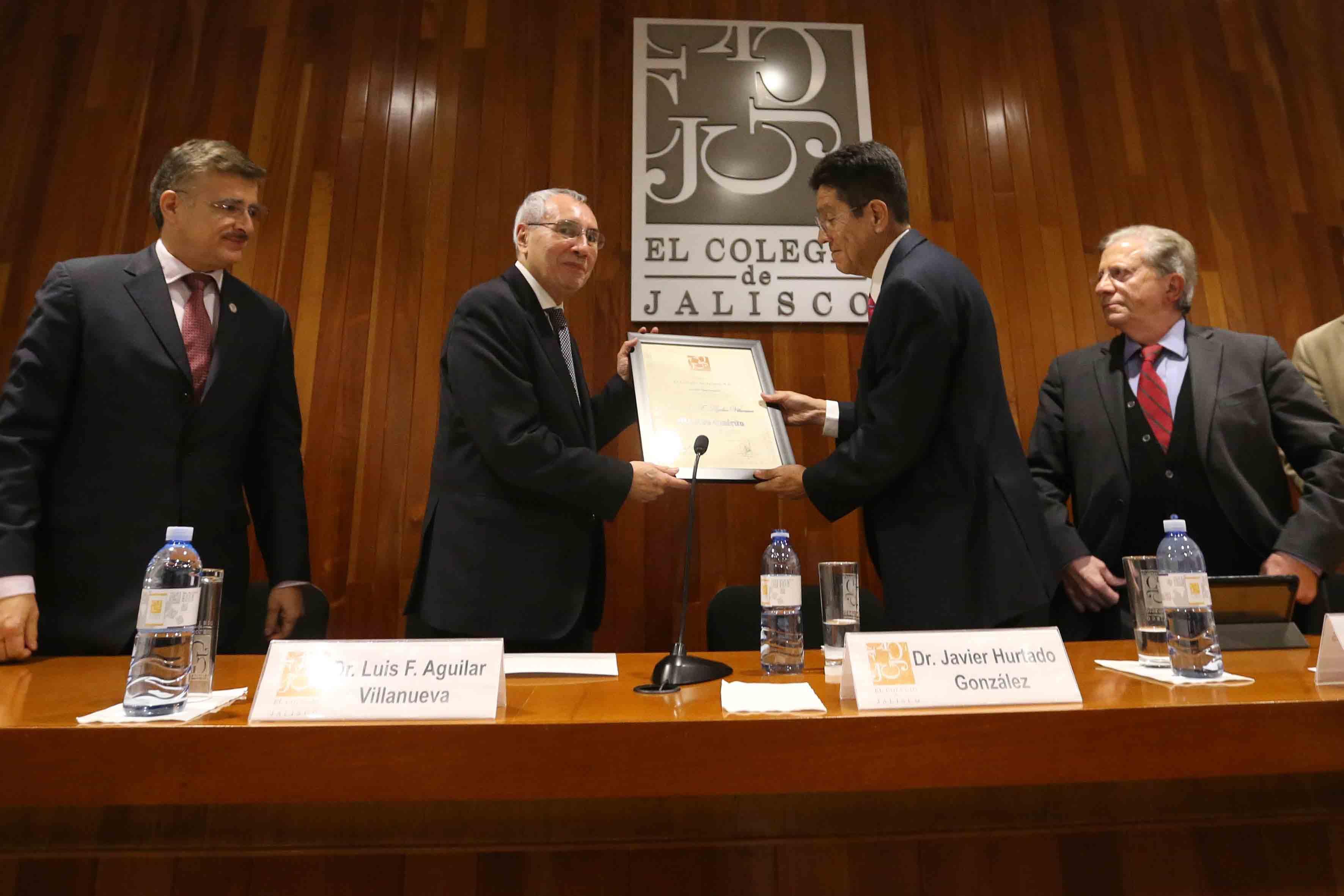 Ceremonia de reconocimiento para el doctor Luis Fernando Aguilar Villanueva, por haber obtenido el grado de Maestro Emérito, por parte de El Colegio de Jalisco.